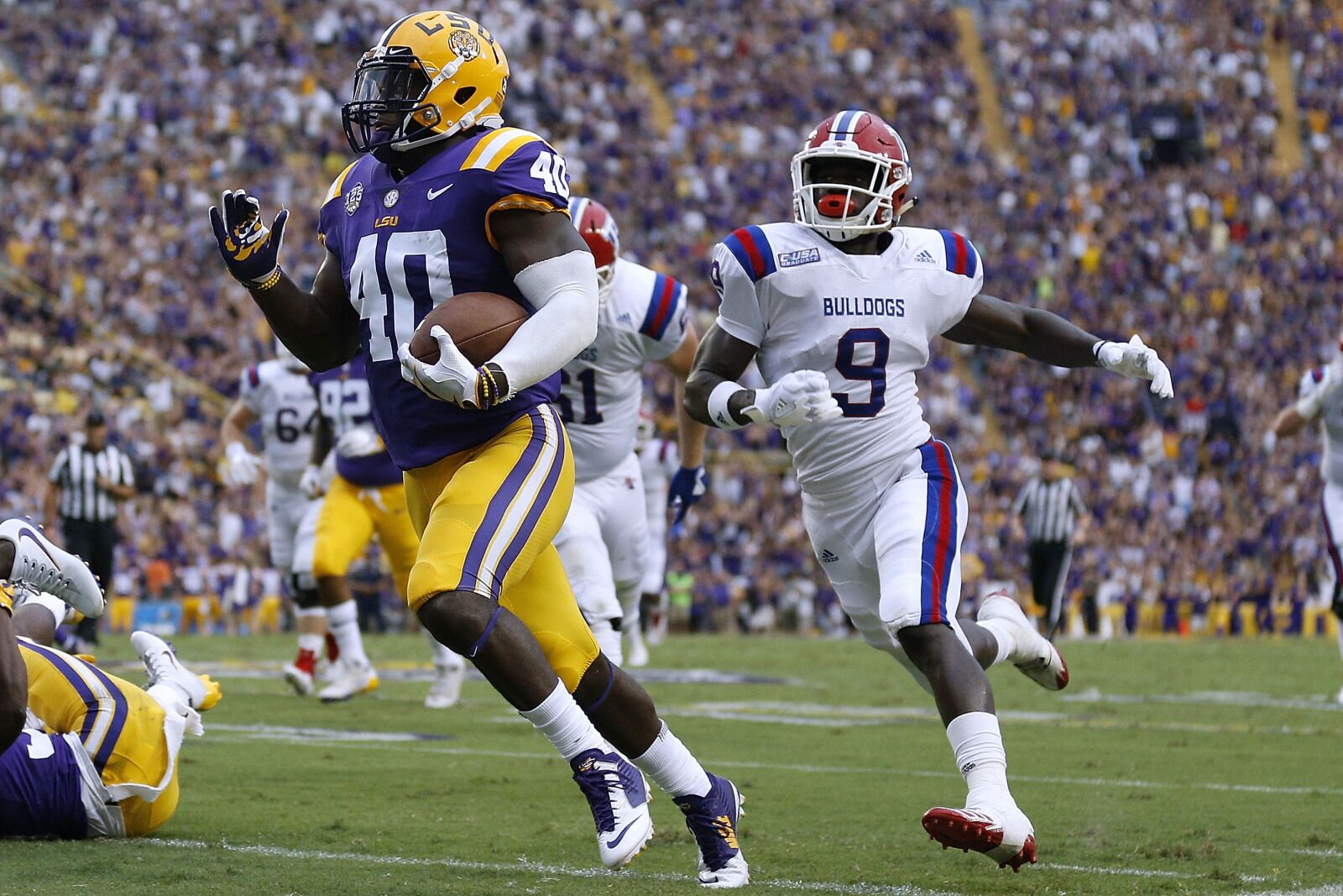Tampa Bay Buccaneers: Devin White remains only unsigned draft pick
