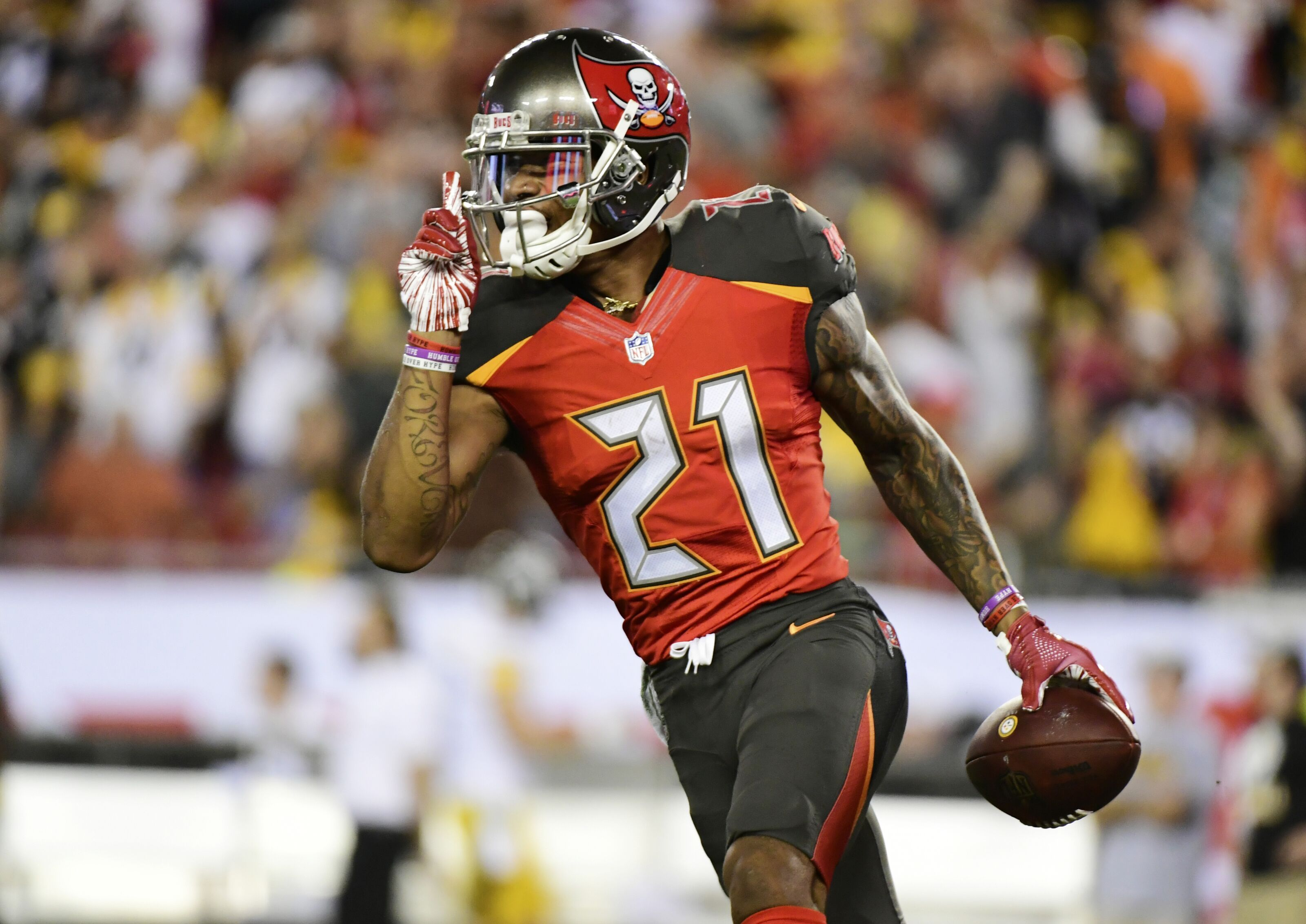 Tampa Bay Buccaneers have a good problem with Justin Evans