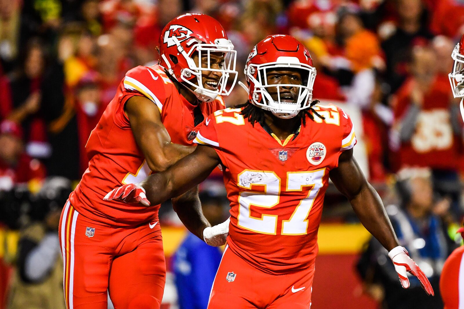 Kareem Hunt won't solve Buccaneers' issues on the ground