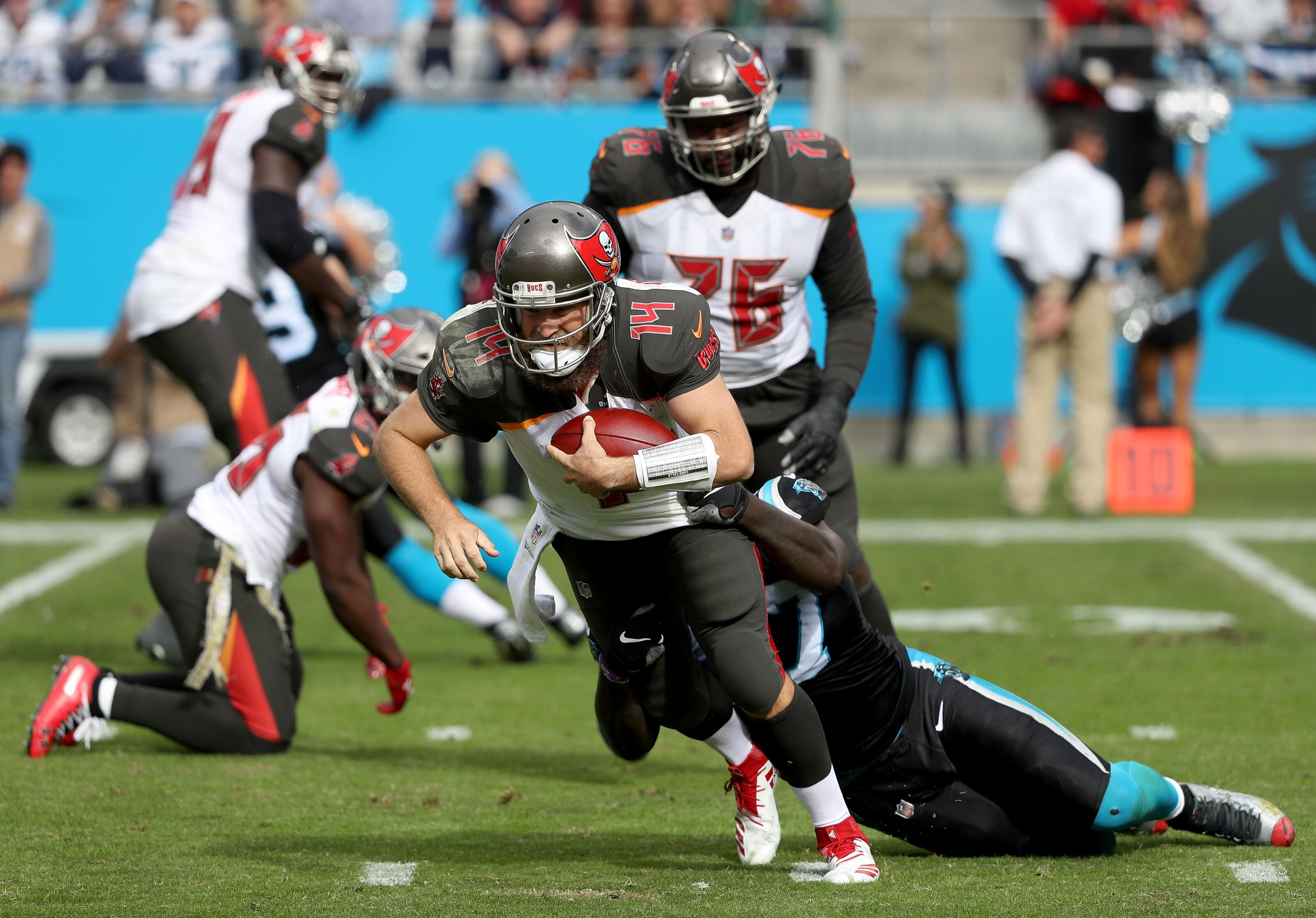 5e3f68cc Buccaneers defense embarrassed again, Panthers win in rout