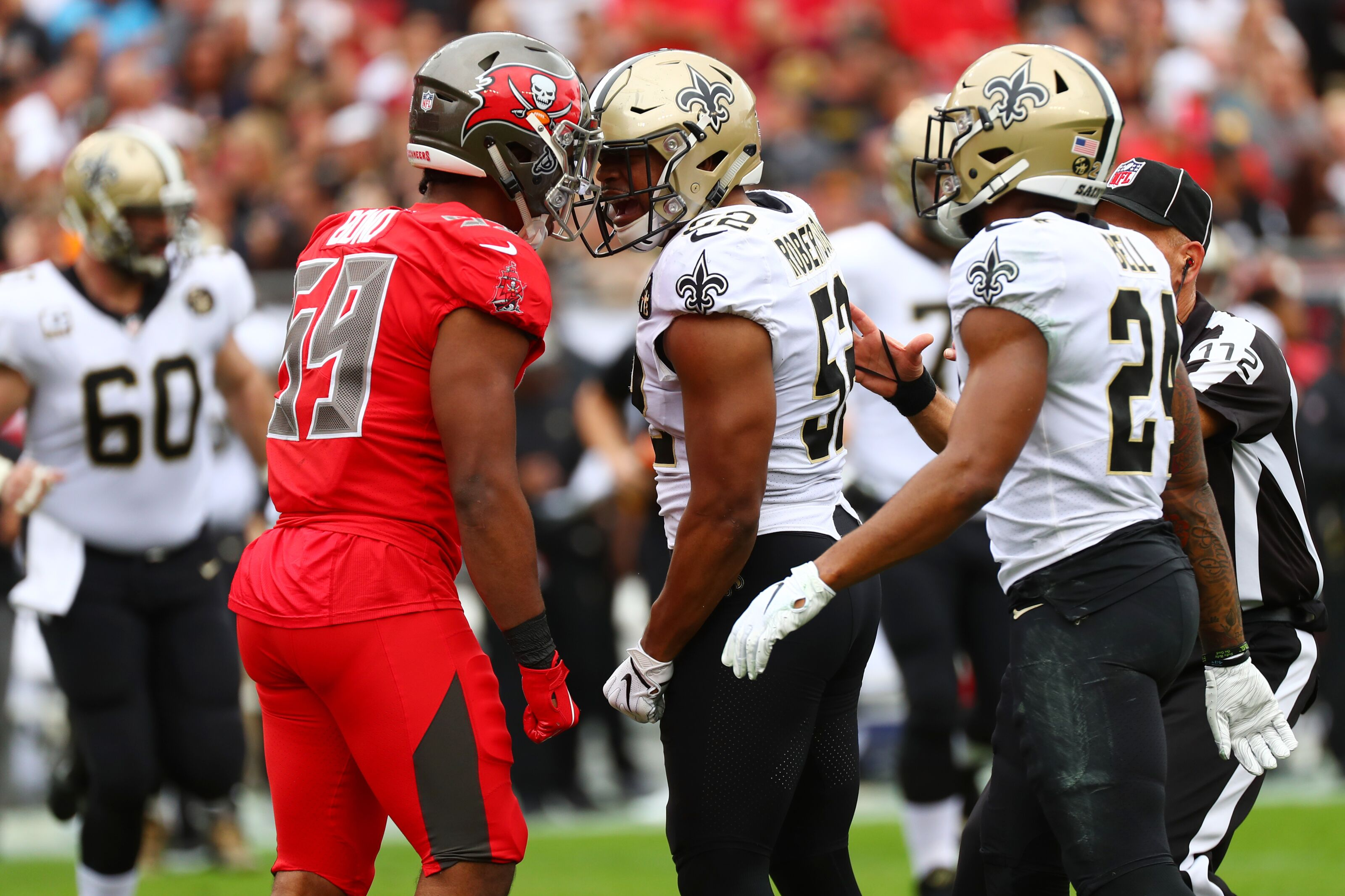 newest 0cfbe 19f55 Tampa Bay Buccaneers re-sign Devante Bond to one-year deal