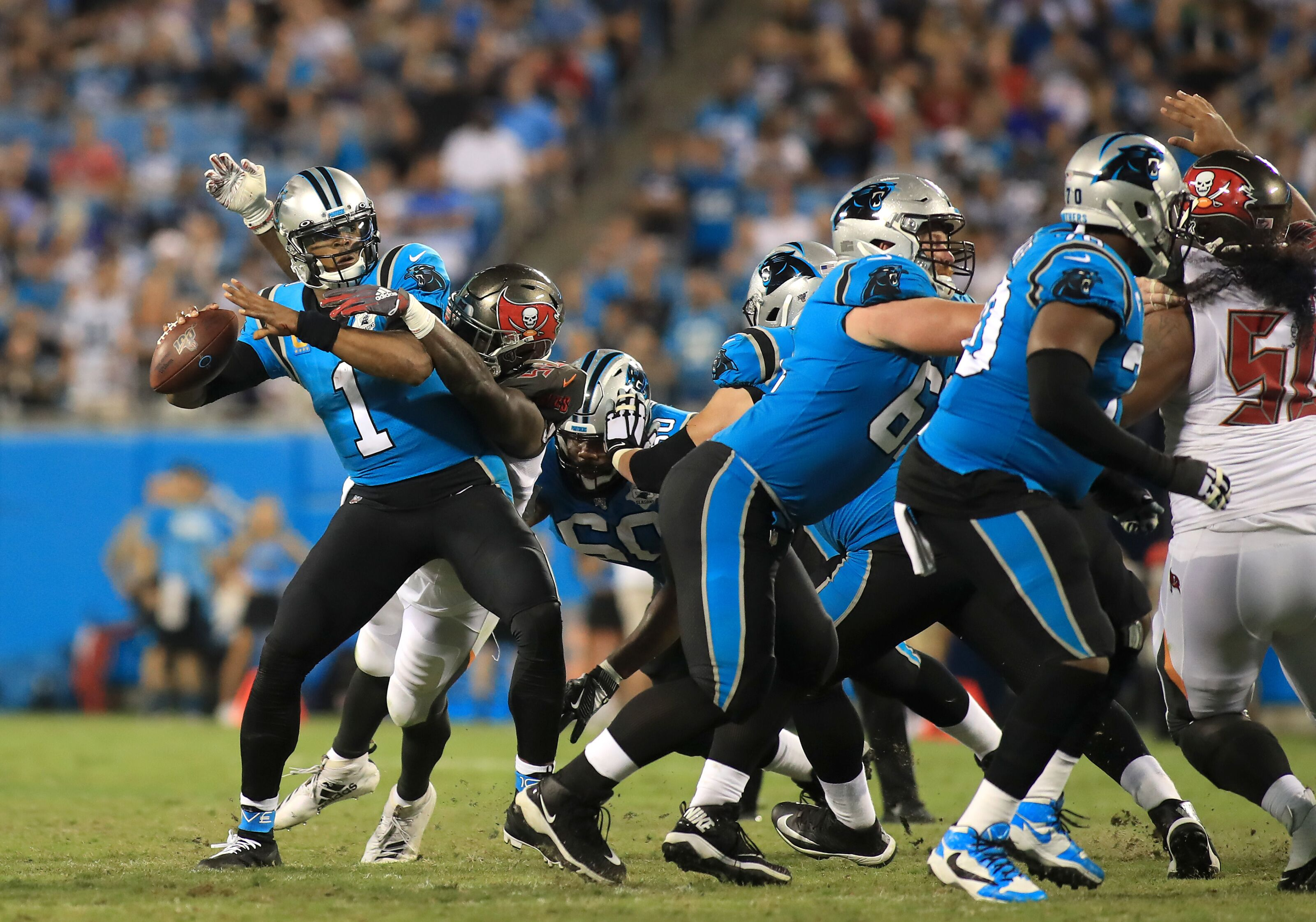 Defense shines in Buccaneers primetime win over Panthers