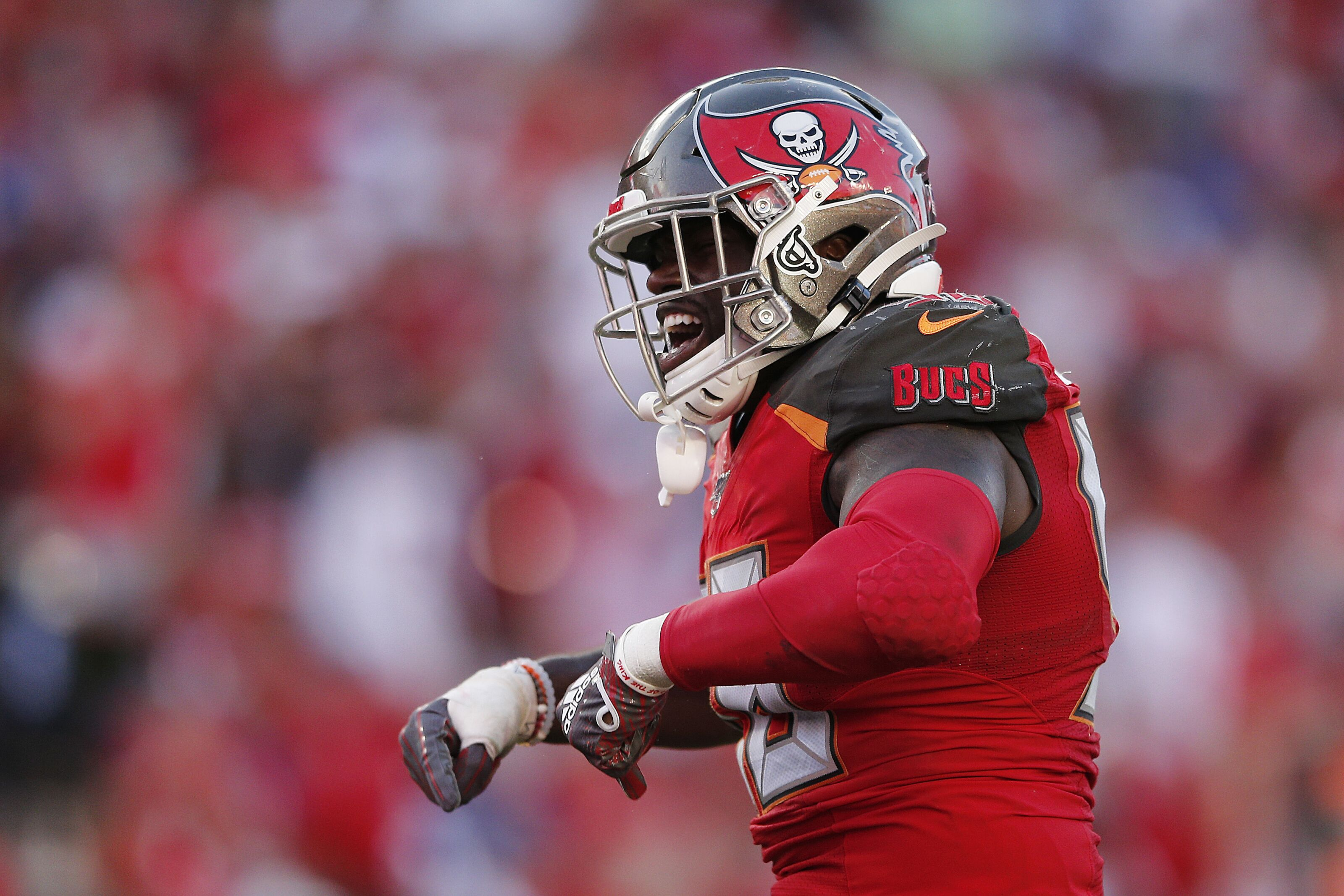 Shaquil Barrett wants to return, new deal is 'Buccaneers to lose'