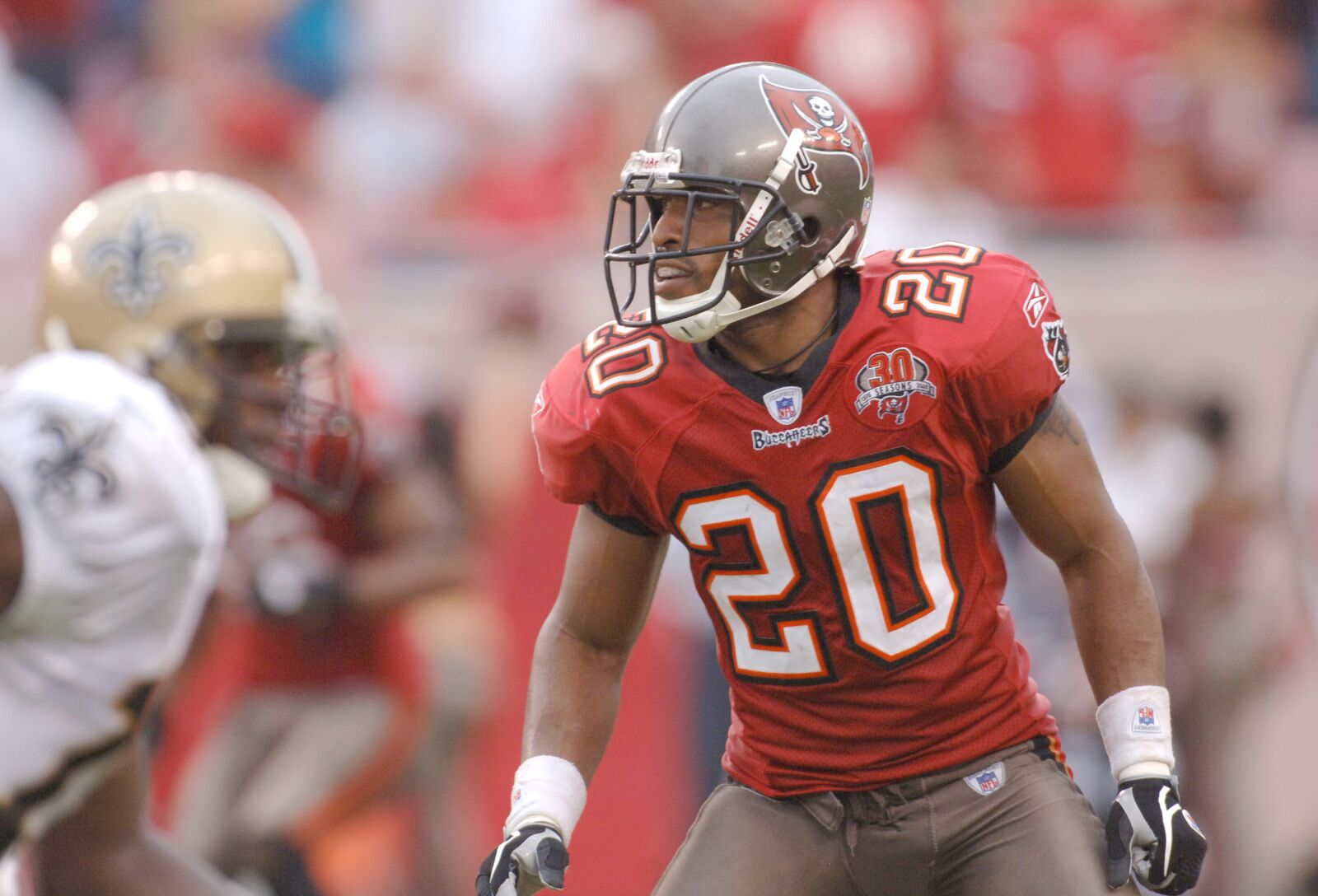 new concept 54c4d bb5f2 Tampa Bay Buccaneers: Ronde Barber to enter Ring of Honor