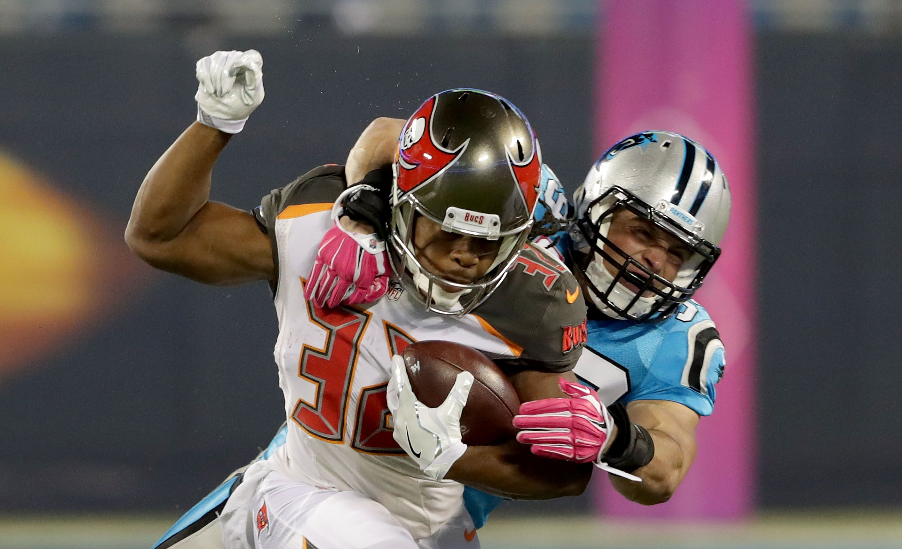 who do the carolina panthers play this week