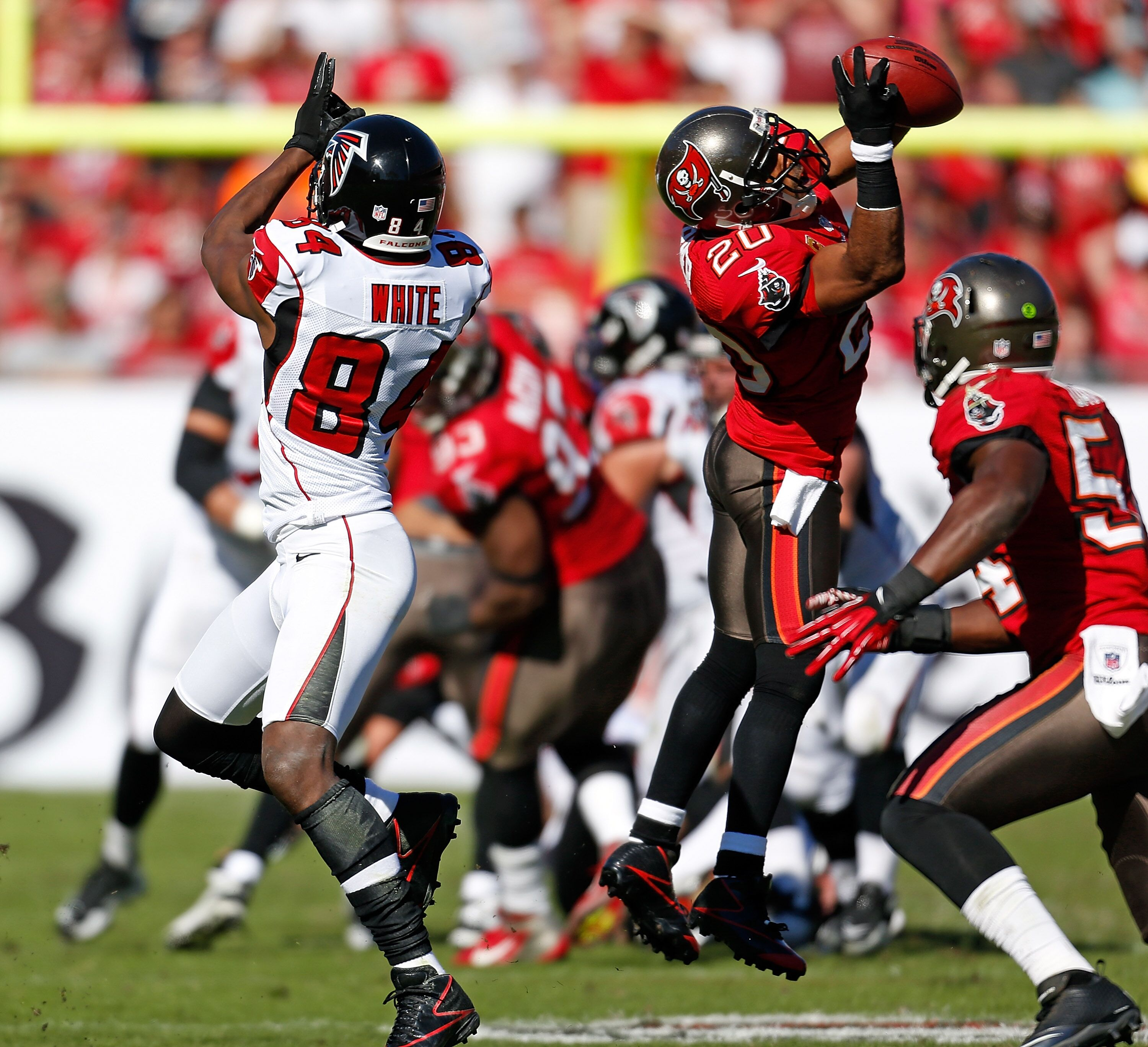 156936628-atlanta-falcons-v-tampa-bay-buccaneers.jpg