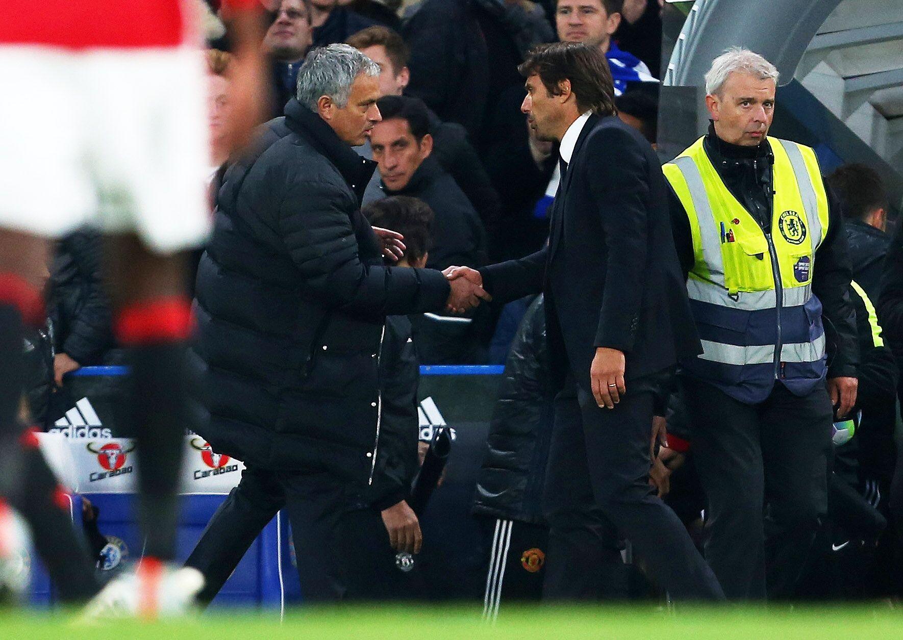 Chelsea Vs Manchester United Vs Fc Barcelona: Chelsea Host Manchester United: Who Is Going To Wembley?