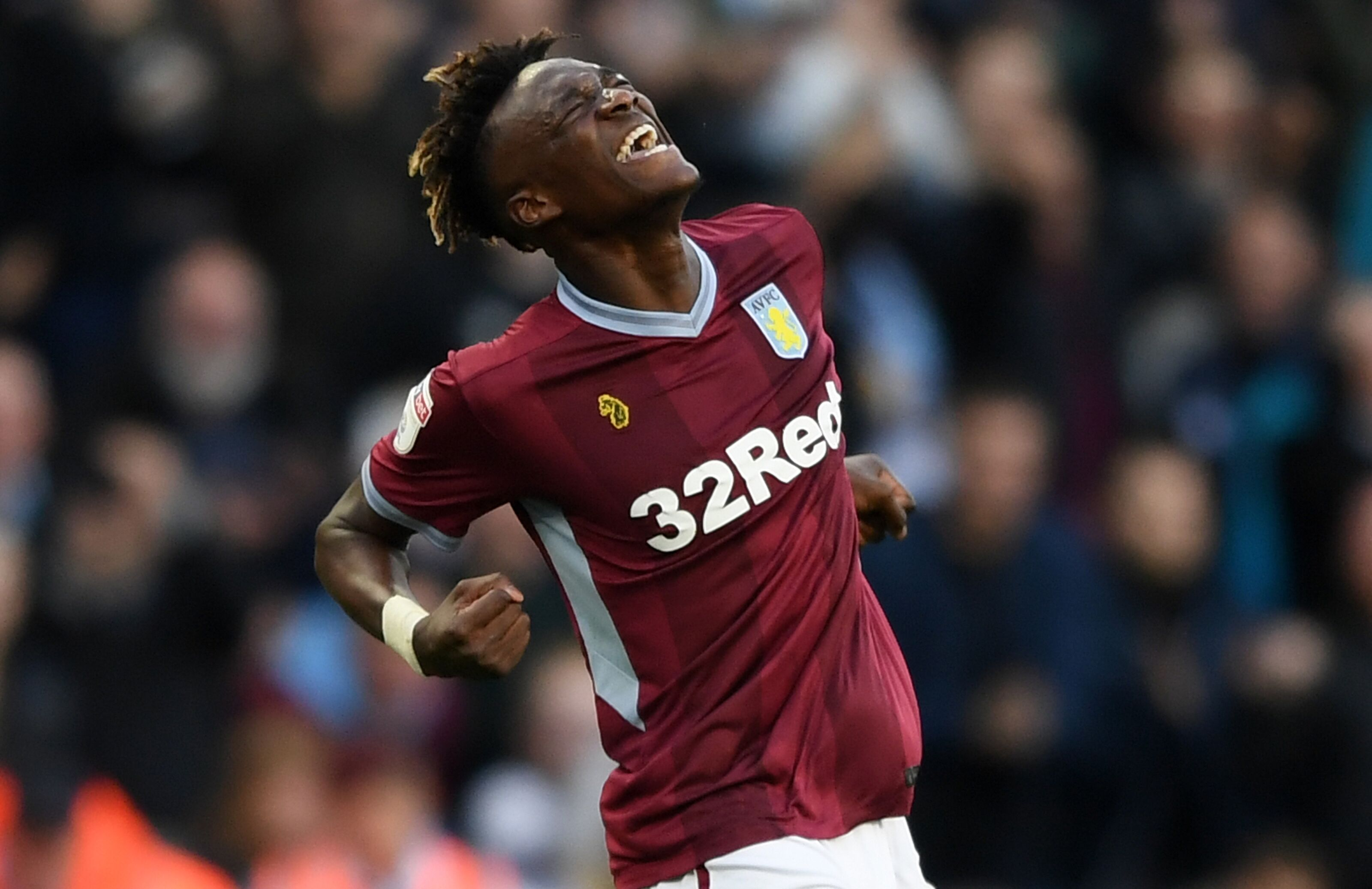 Chelsea: Gonzalo Higuain makes strongest case yet for Tammy Abraham