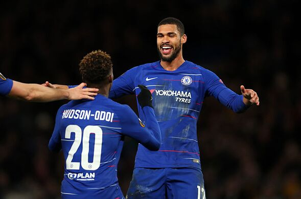 Chelsea's squad duels up front: Pulisic vs. Hudson-Odoi, Mount vs. RLC