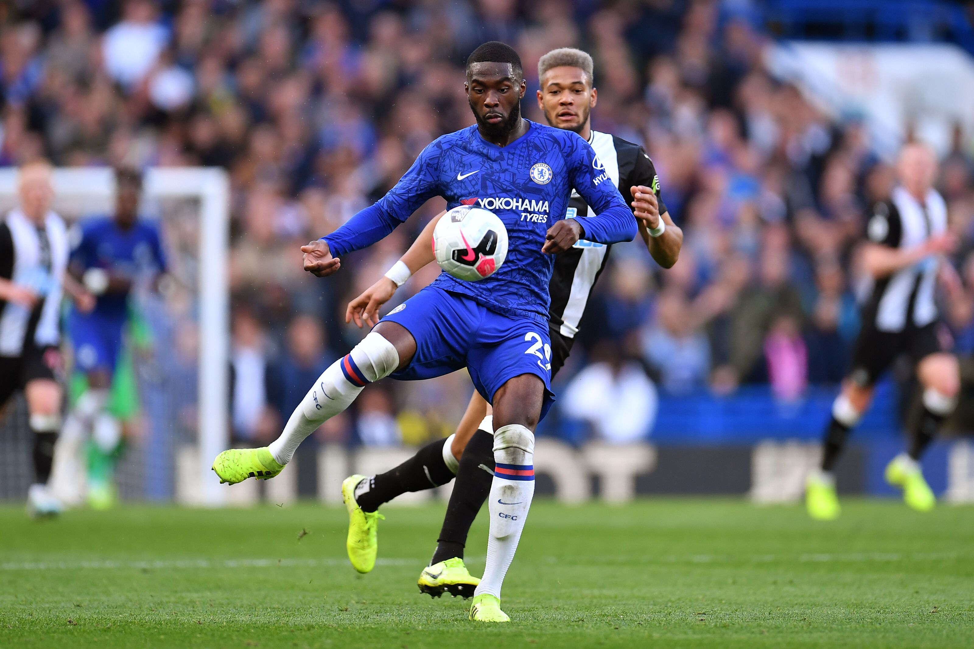 Chelsea defenders used low-pressure Newcastle to experiment freely