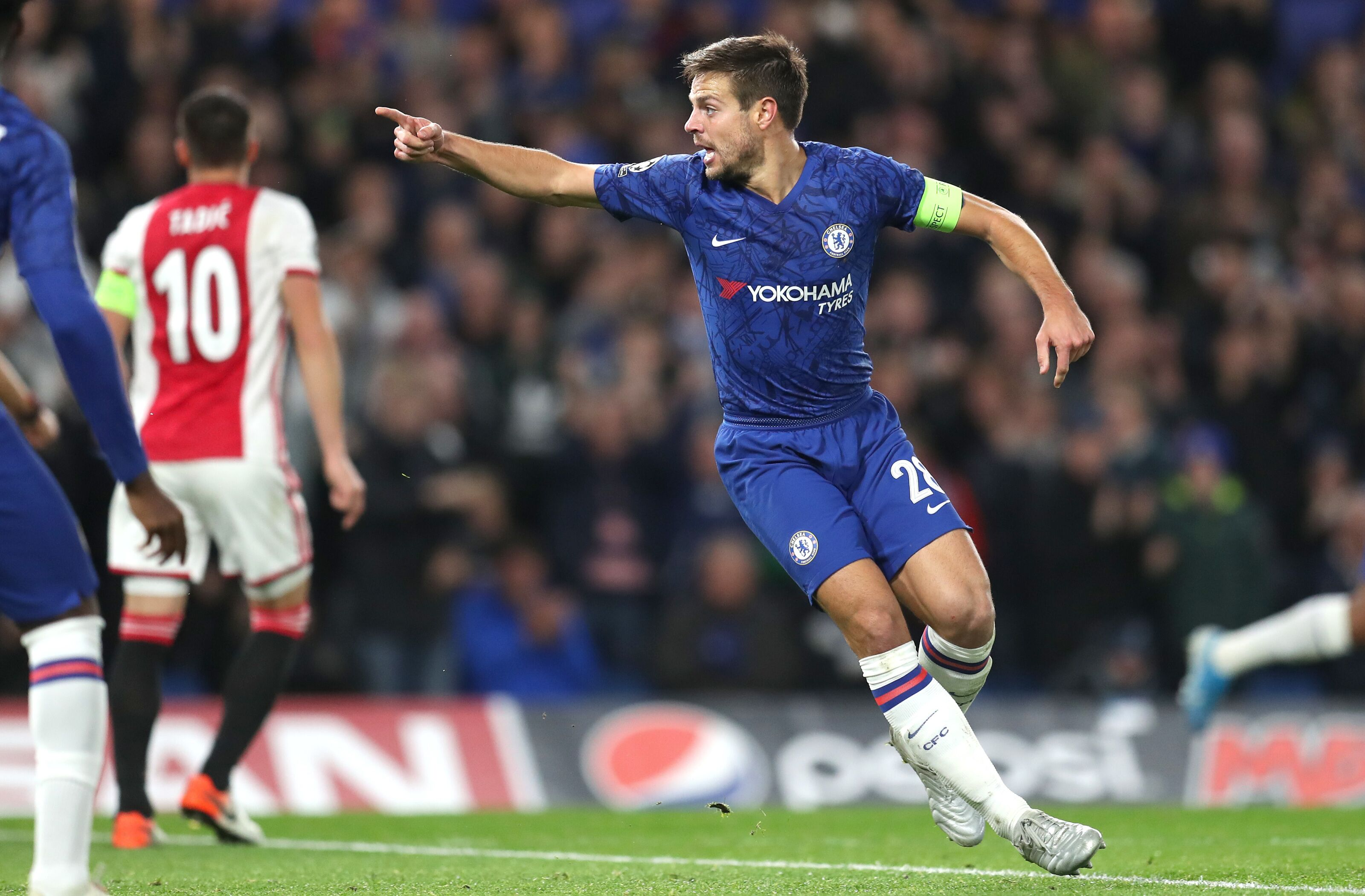 Chelsea: Cesar Azpilicueta covertly joining PL's all-time top assisting defenders