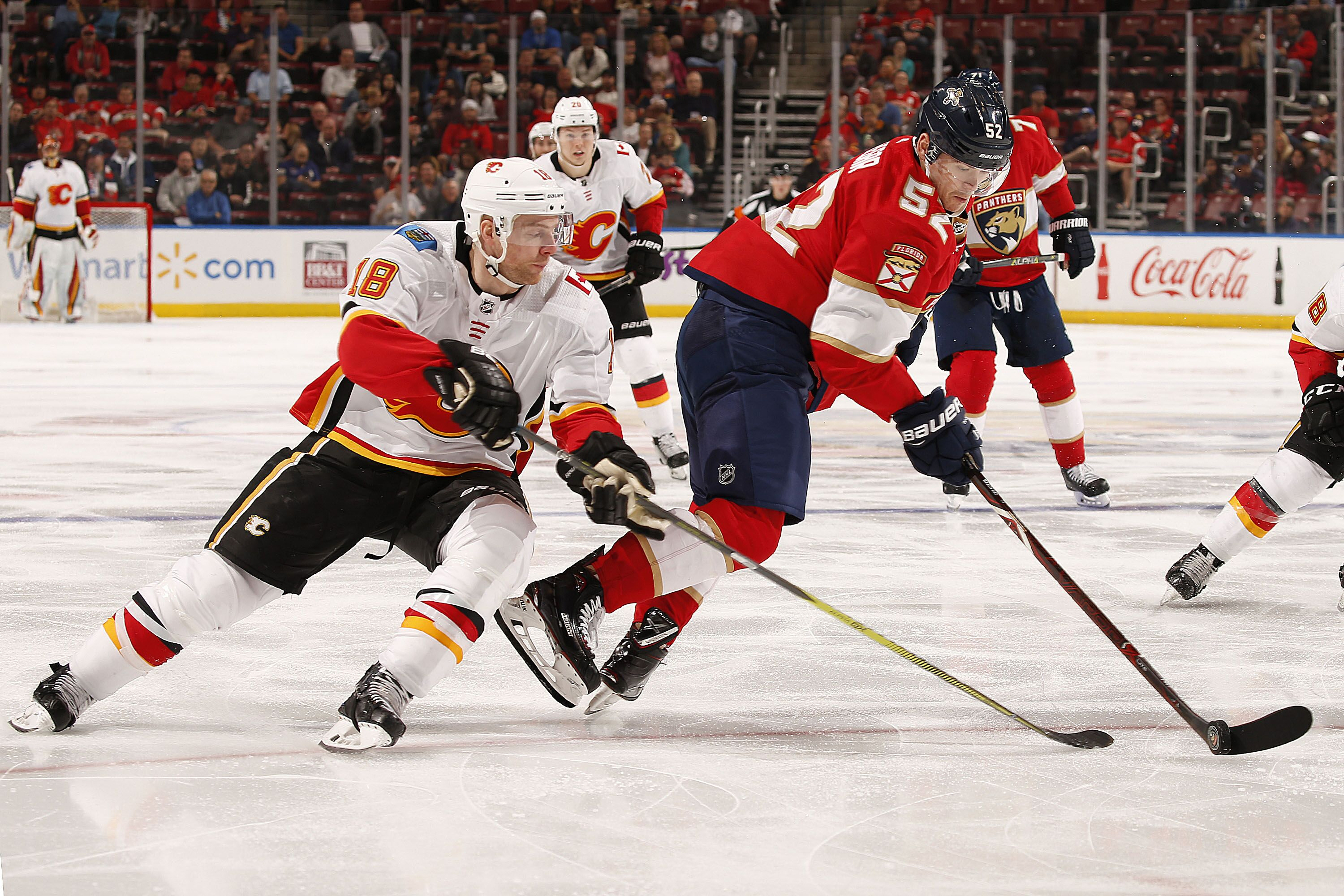 904357574-calgary-flames-v-florida-panthers.jpg