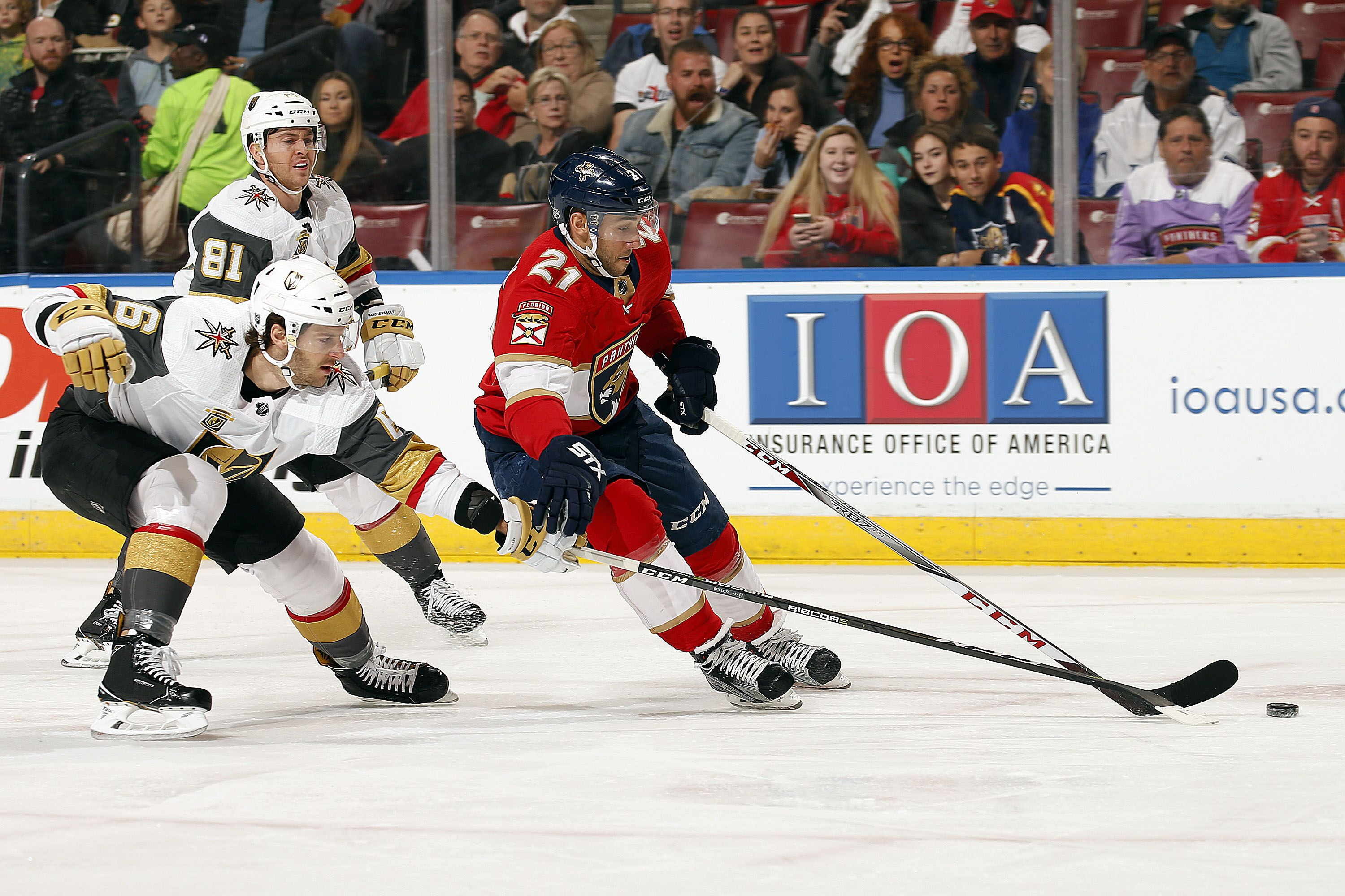 907296312-vegas-golden-knights-v-florida-panthers.jpg