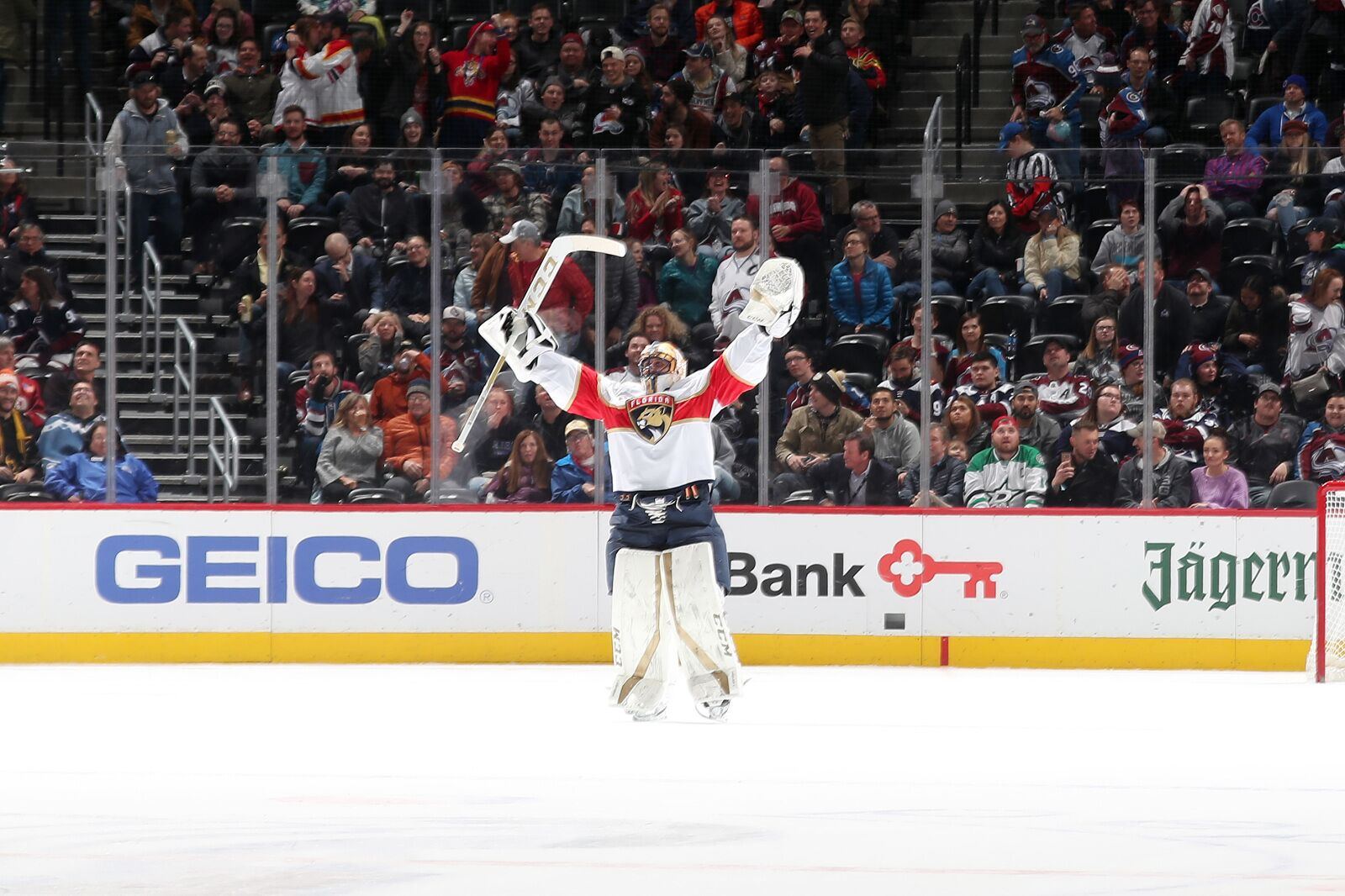 Florida Panthers Need To Retire Roberto Luongo S Jersey