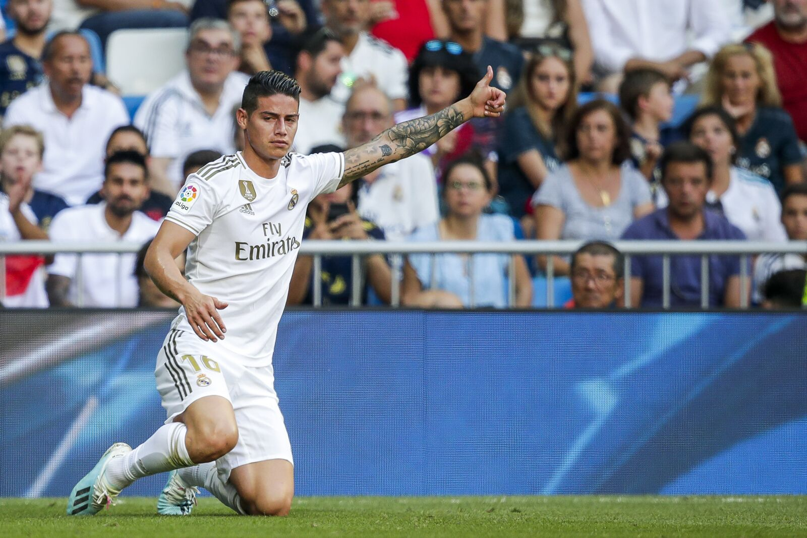 James Rodriguez reportedly winning over Zinedine Zidane, to start vs. Levante