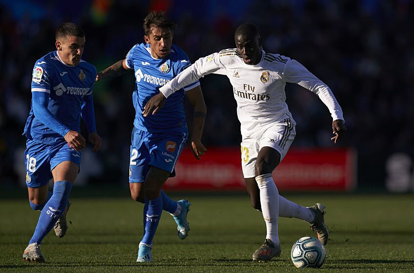 LaLiga table: Real Madrid go four points clear of ...  |Real Madrid-getafe