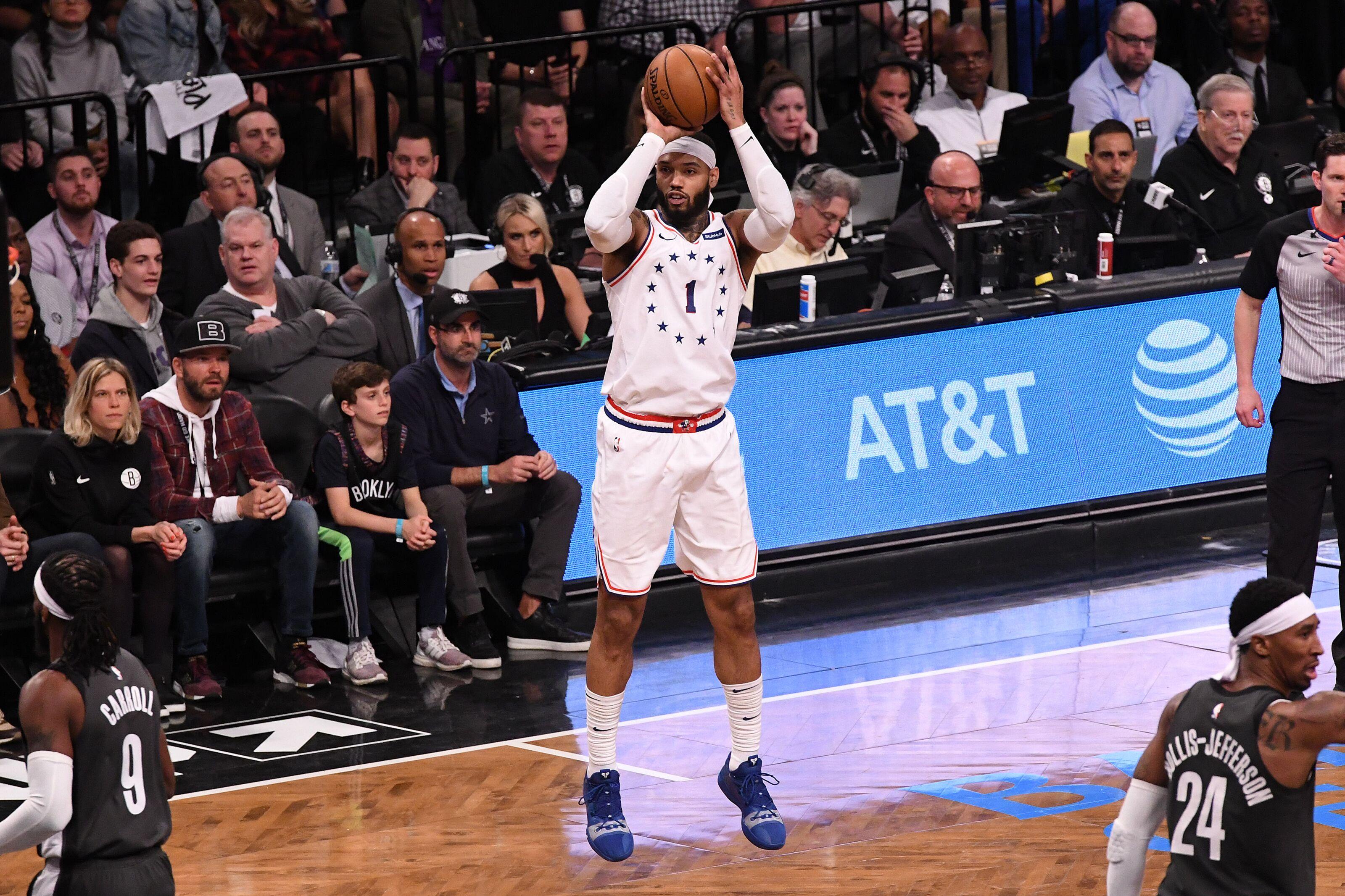 Philadelphia 76ers: Mike Scott's shooting is key to second unit