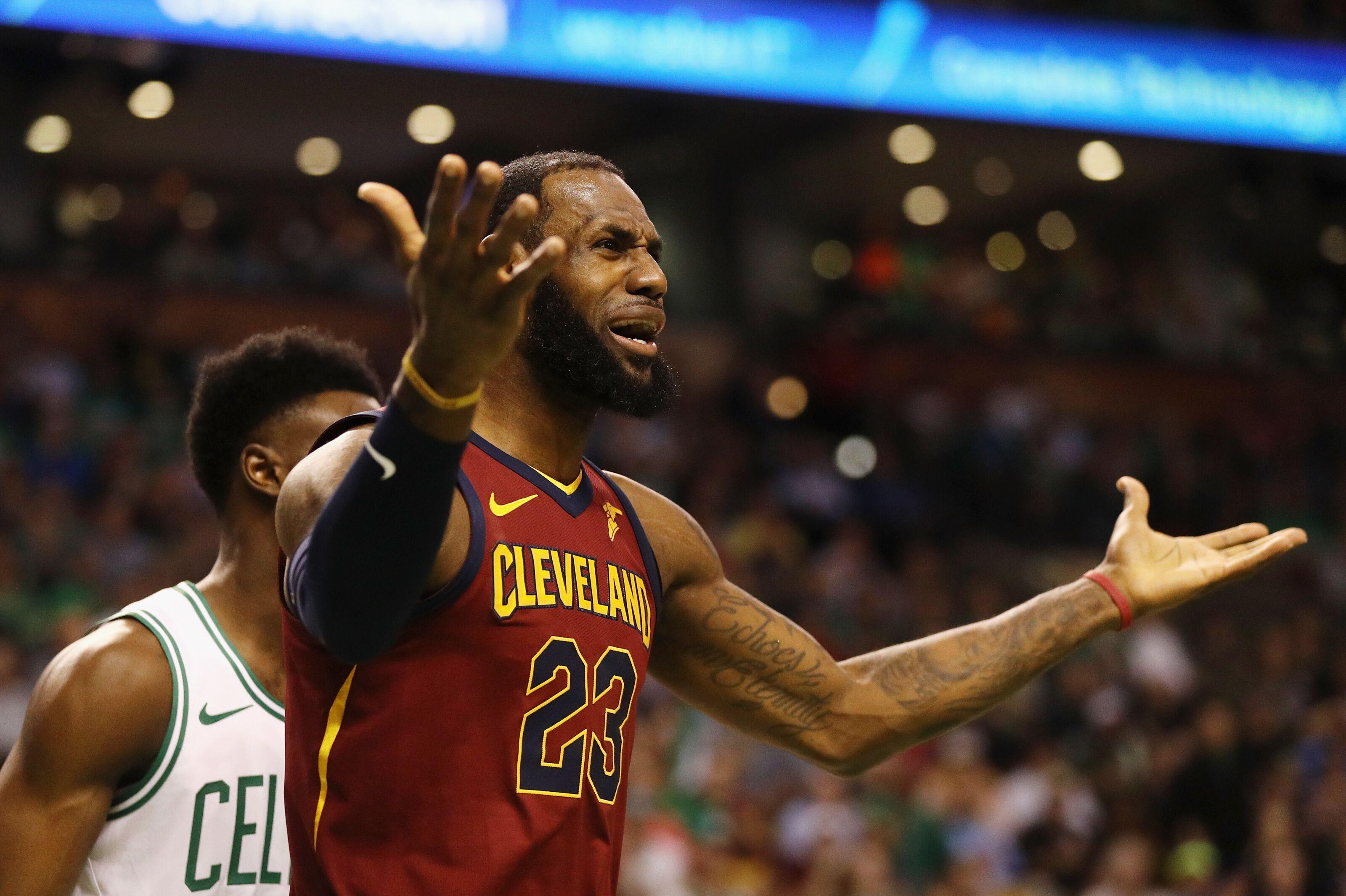 13d569b21 Philadelphia 76ers  Cavs losing to Celtics might push LeBron to Philly