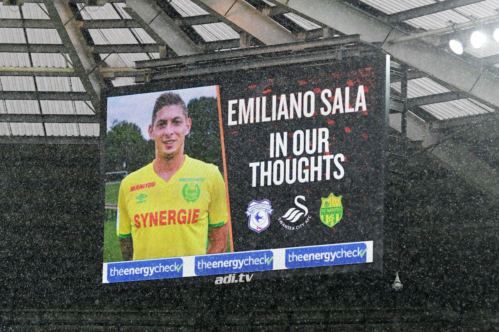 Cardiff City to pay £5.3 million to Nantes for Emiliano Sala transfer