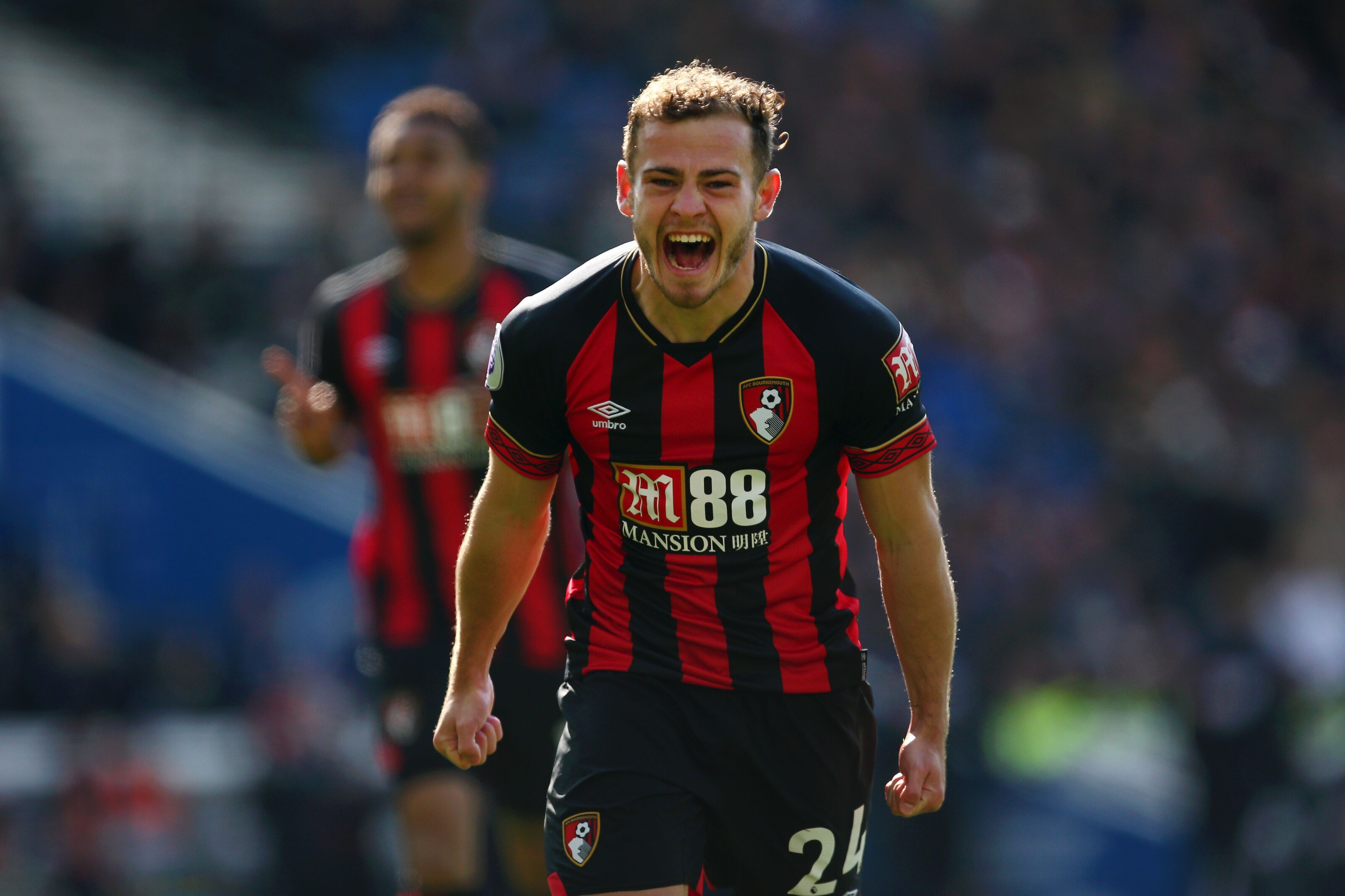 Arsenal to bid for u00a330 million-rated Ryan Fraser after Europa League final