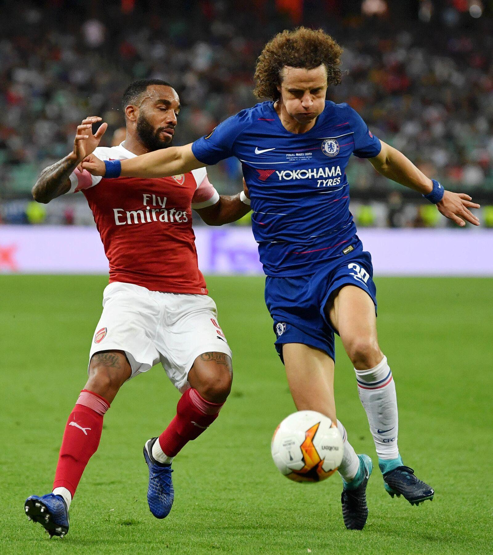 Arsenal make second deadline day signing in David Luiz