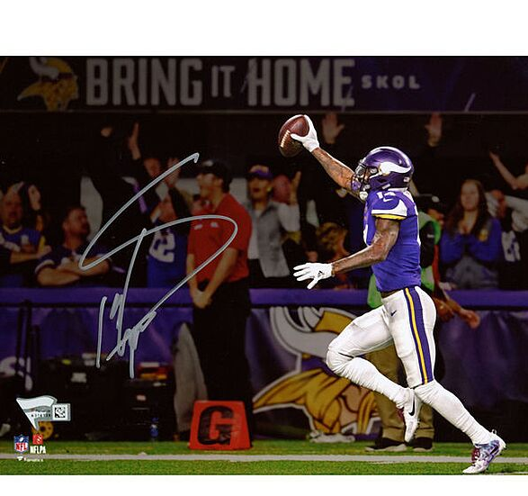 quality design e7c6e 05d0f Minnesota Vikings Gift Guide: 10 must-have Stefon Diggs items