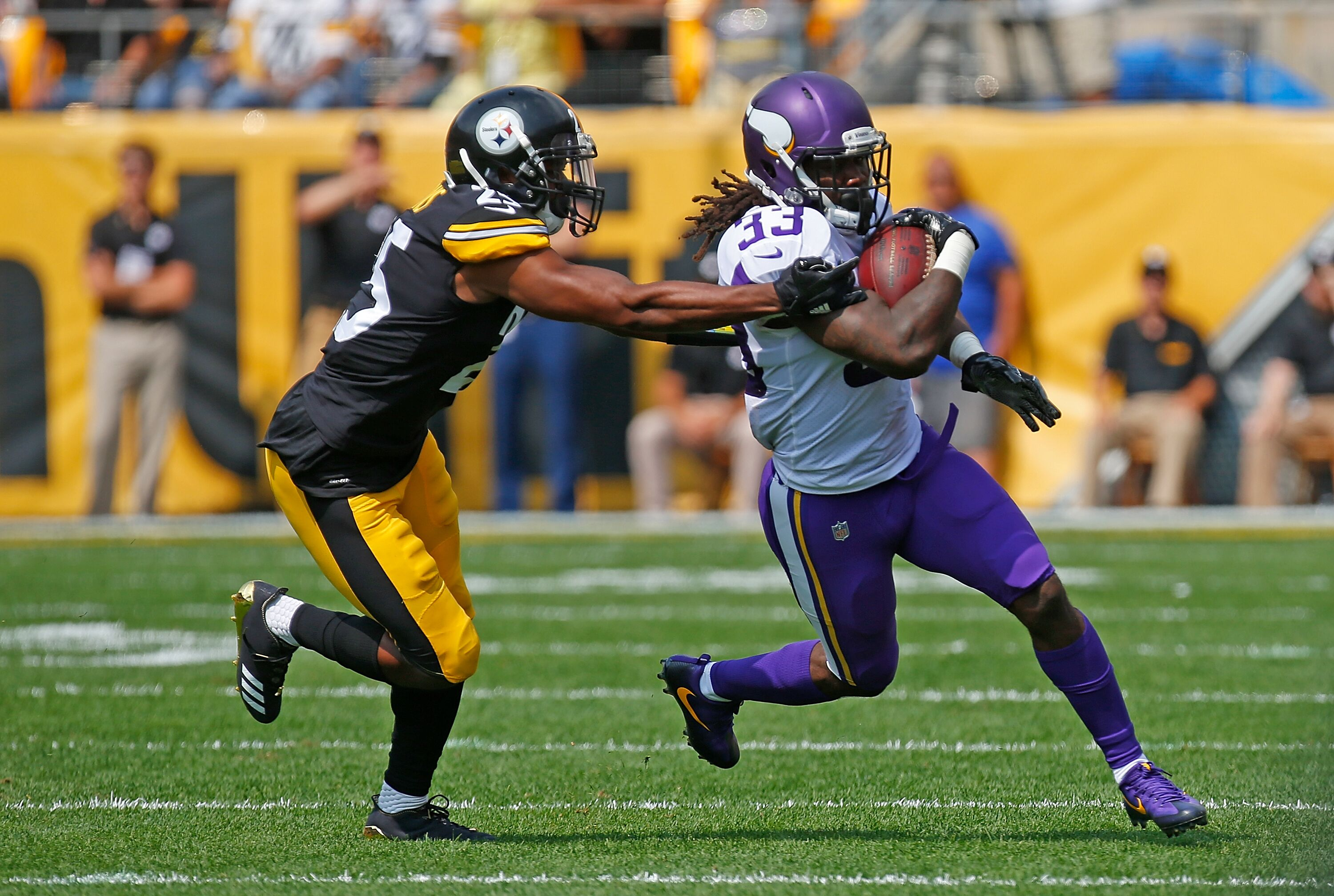 848465780-minnesota-vikings-v-pittsburgh-steelers.jpg