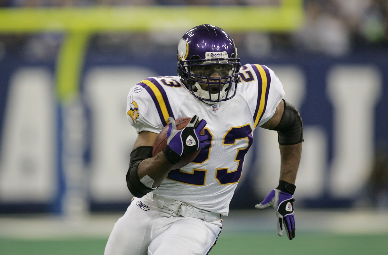 Former Vikings running back reveals he almost ended his own life
