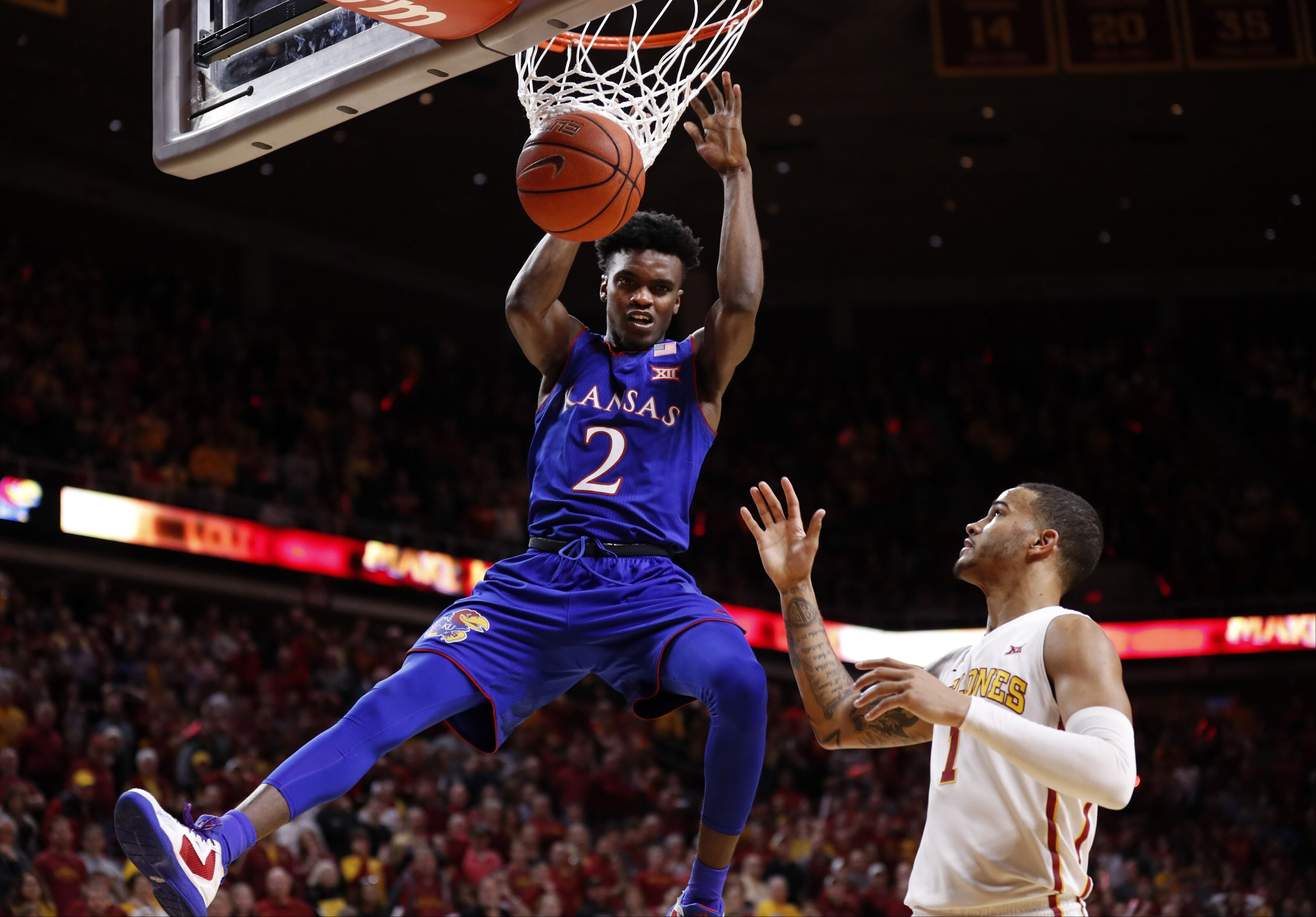 Preview: No.5 Kansas looks for second road win against struggling Mountaineers