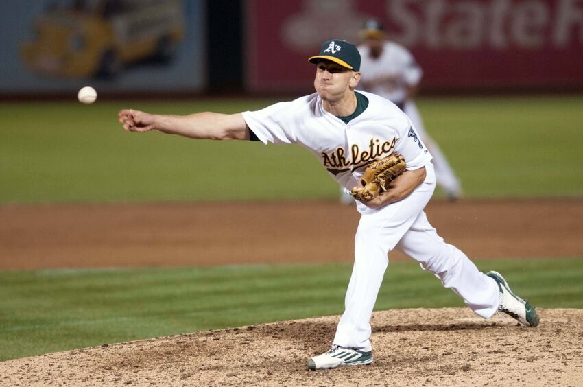 The Oakland Home Of Patrick Printy: Toronto Blue Jays Claim Switch-Pitcher Pat Venditte From A's