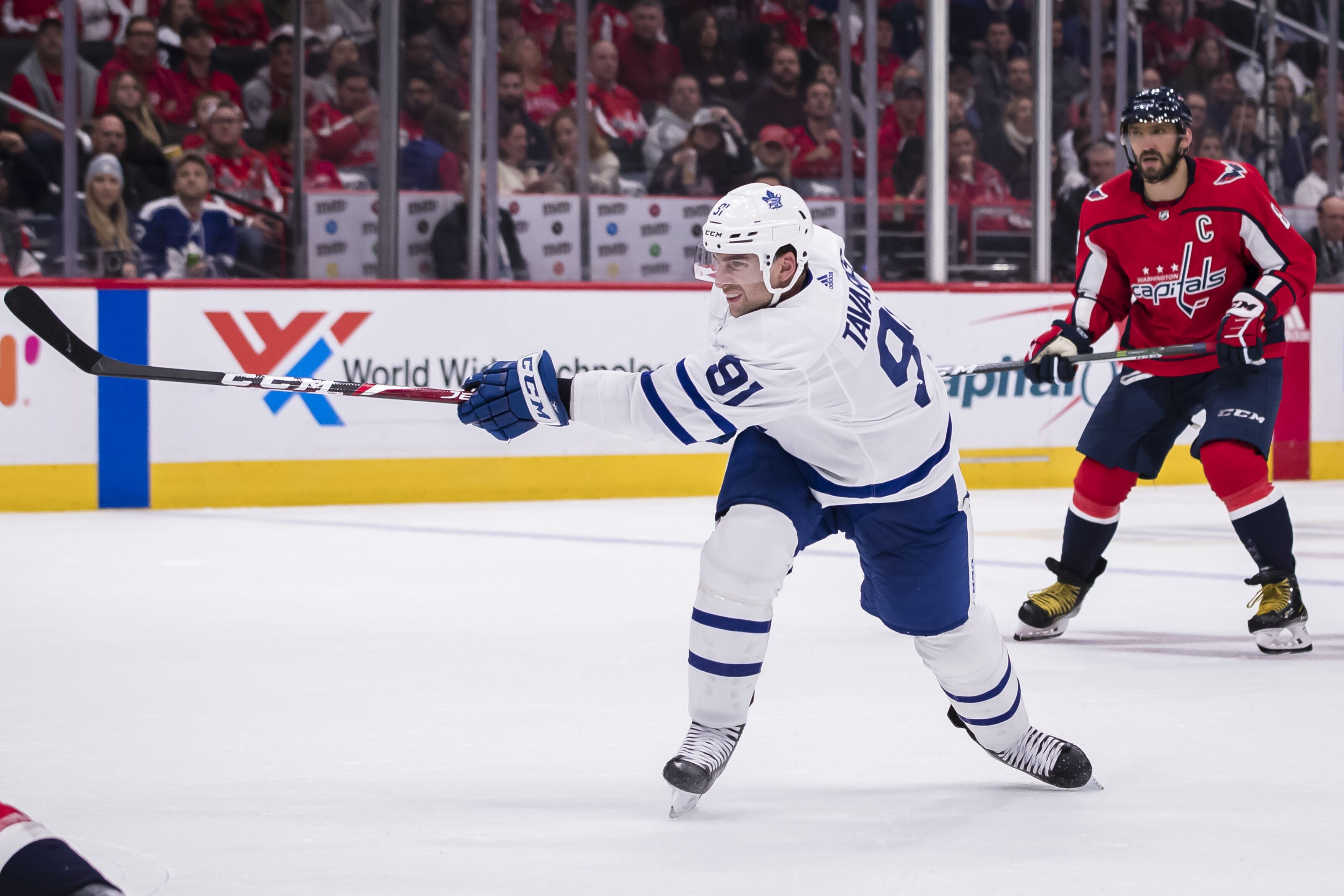 Toronto Maple Leafs have tough road ahead with John Tavares injury