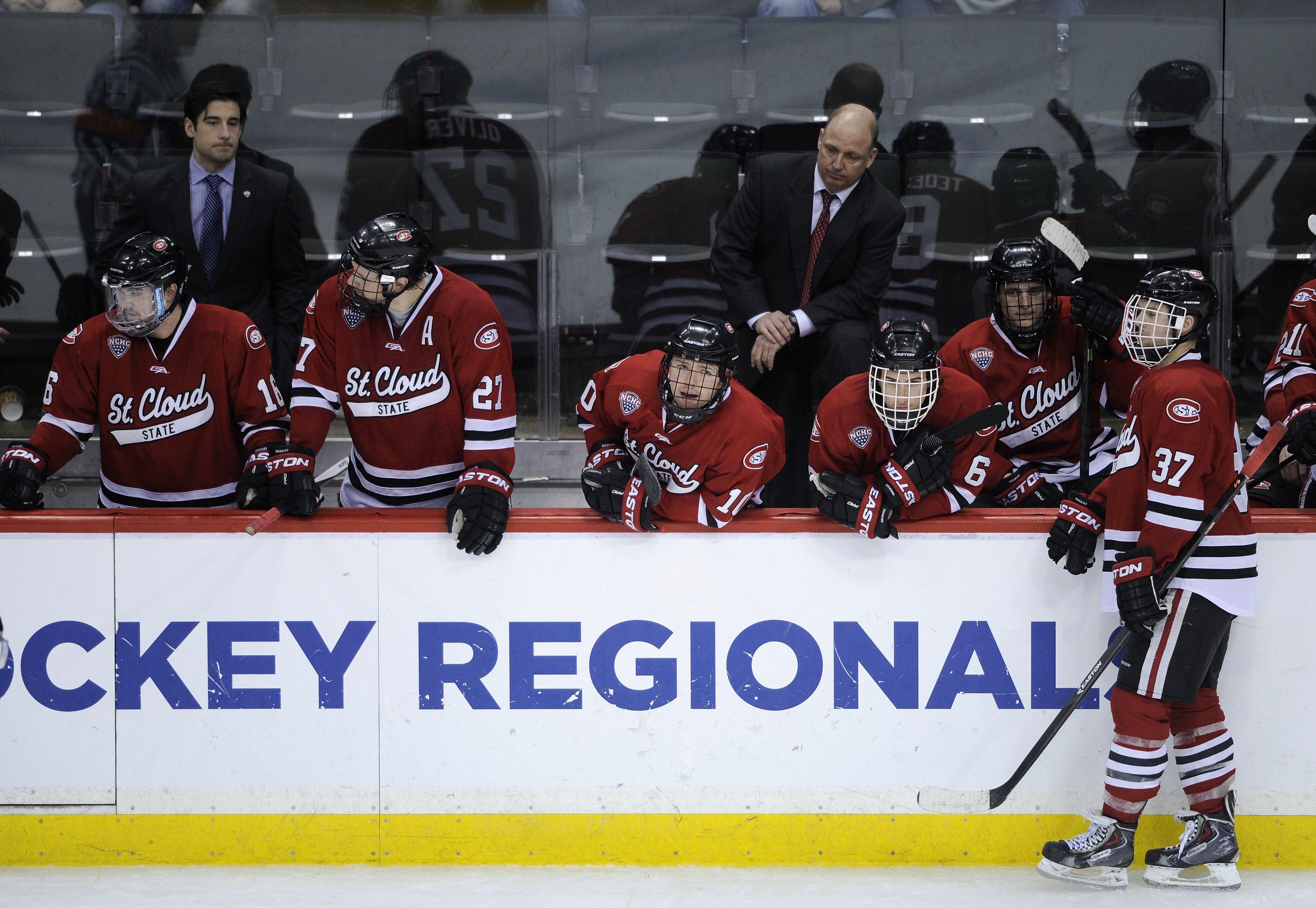 481642993-2014-ncaa-division-i-mens-ice-hockey-championship-west-regional.jpg