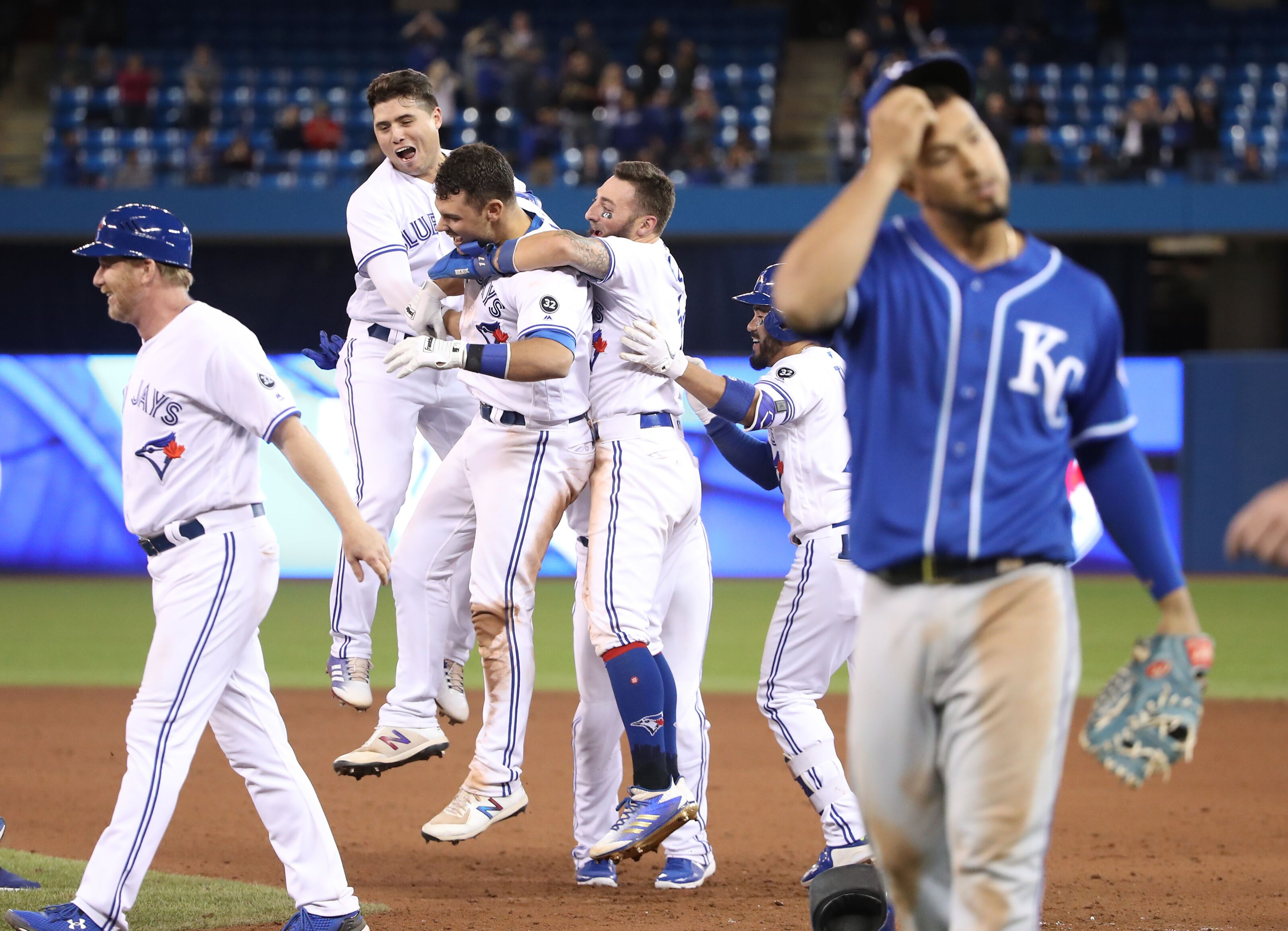947944808-kansas-city-royals-v-toronto-blue-jays.jpg