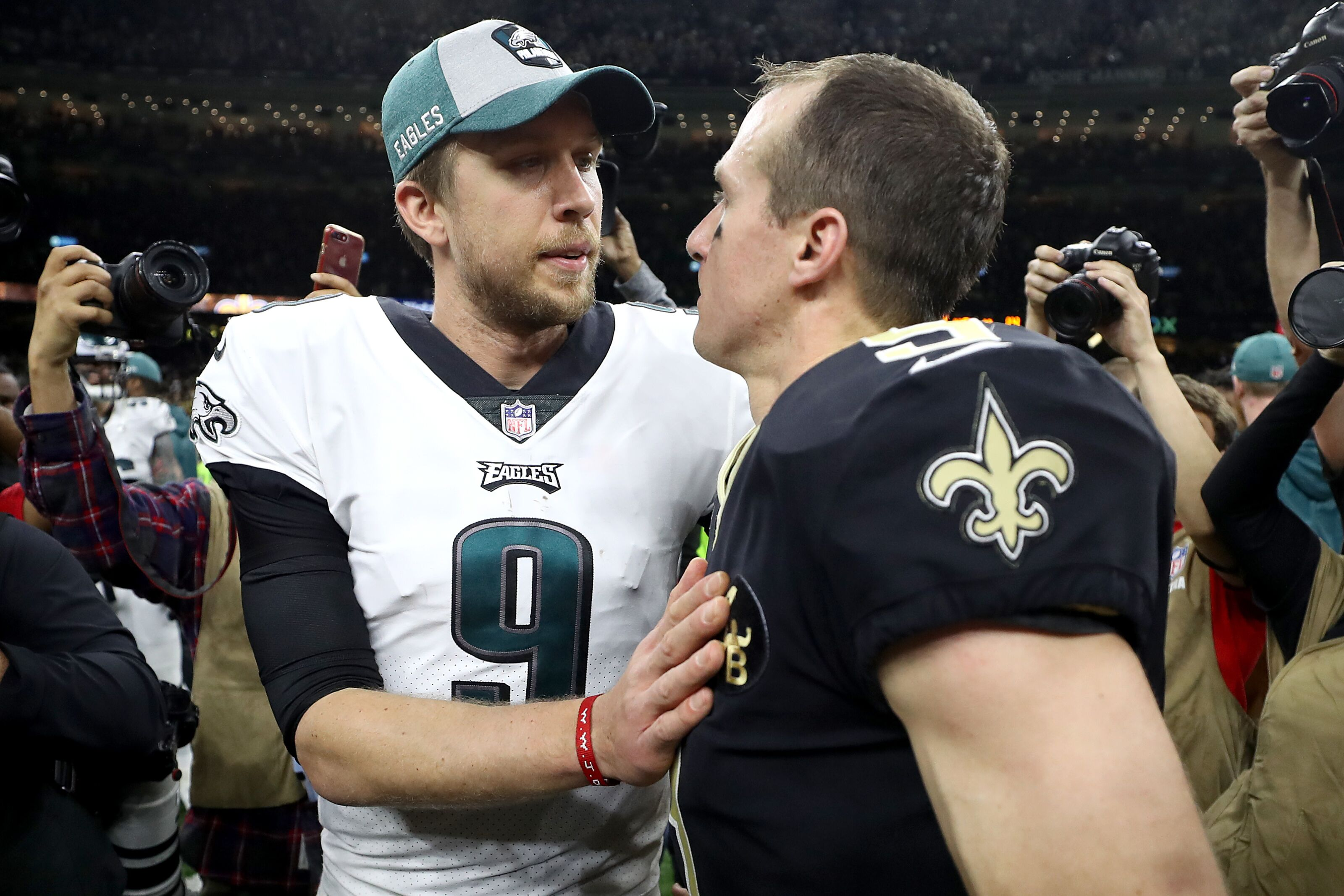 18201261c Tennessee Titans need to keep an eye on Nick Foles situation