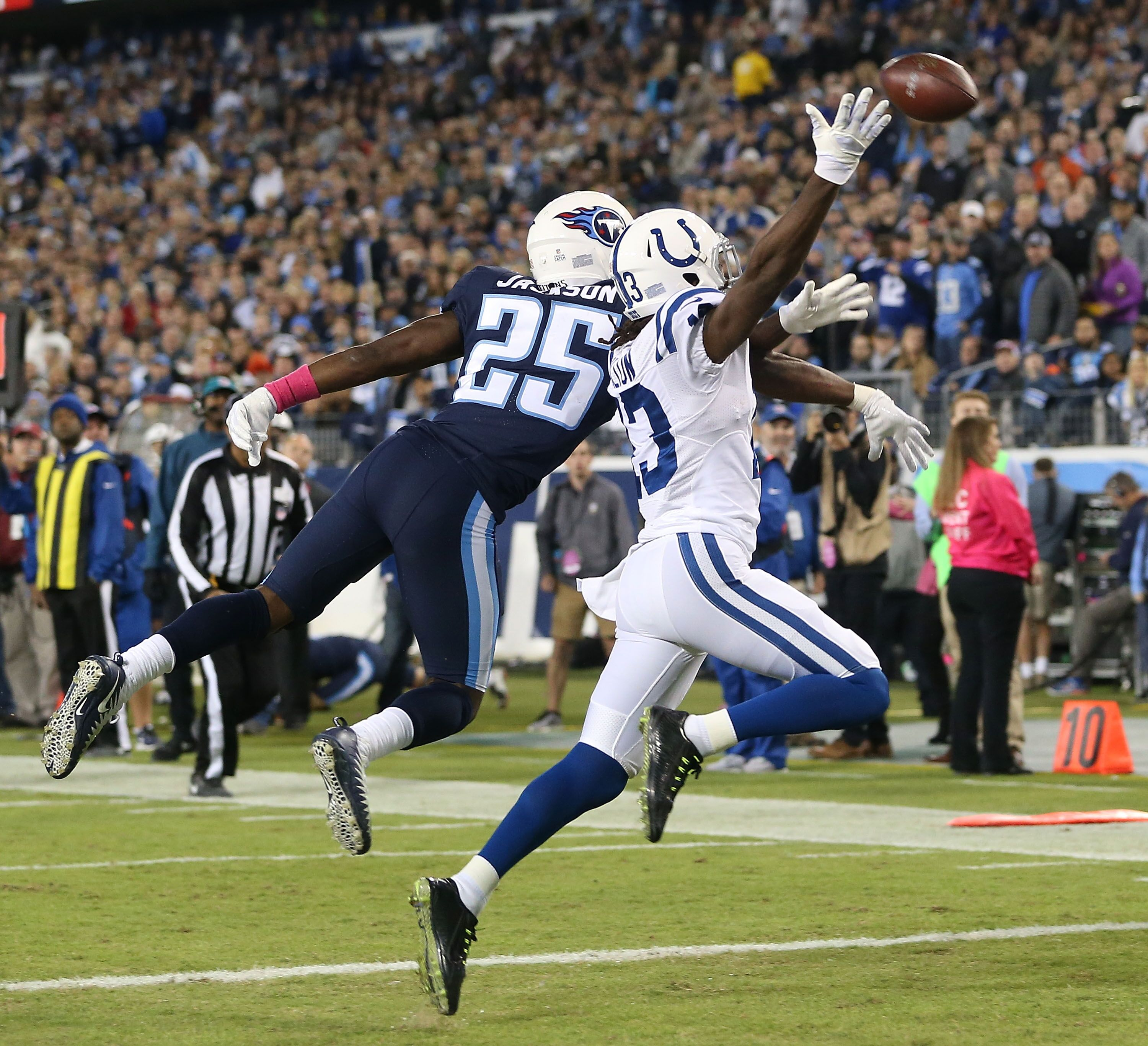 862173354-indianapolis-colts-v-tennessee-titans.jpg