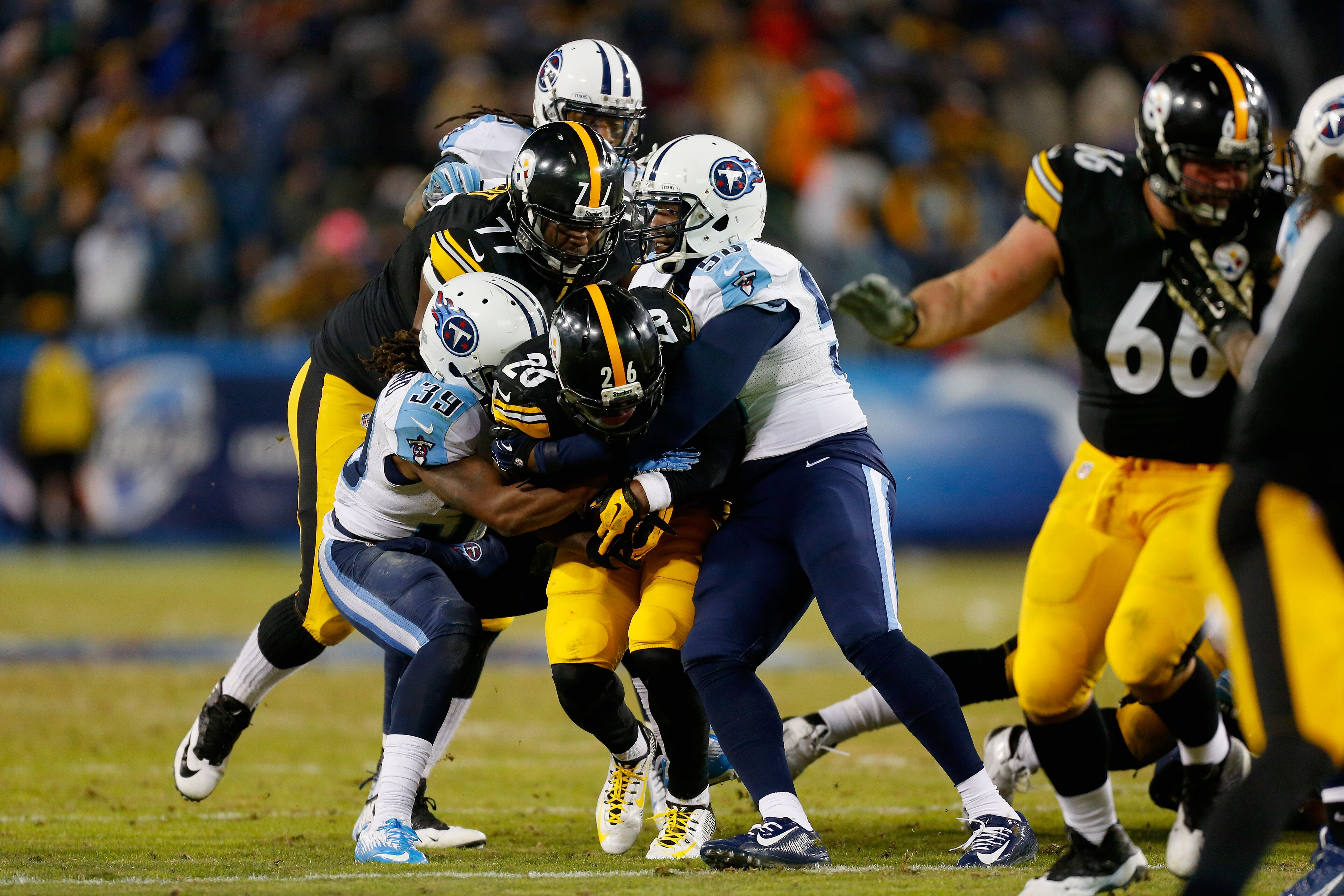459151694-pittsburgh-steelers-v-tennessee-titans.jpg