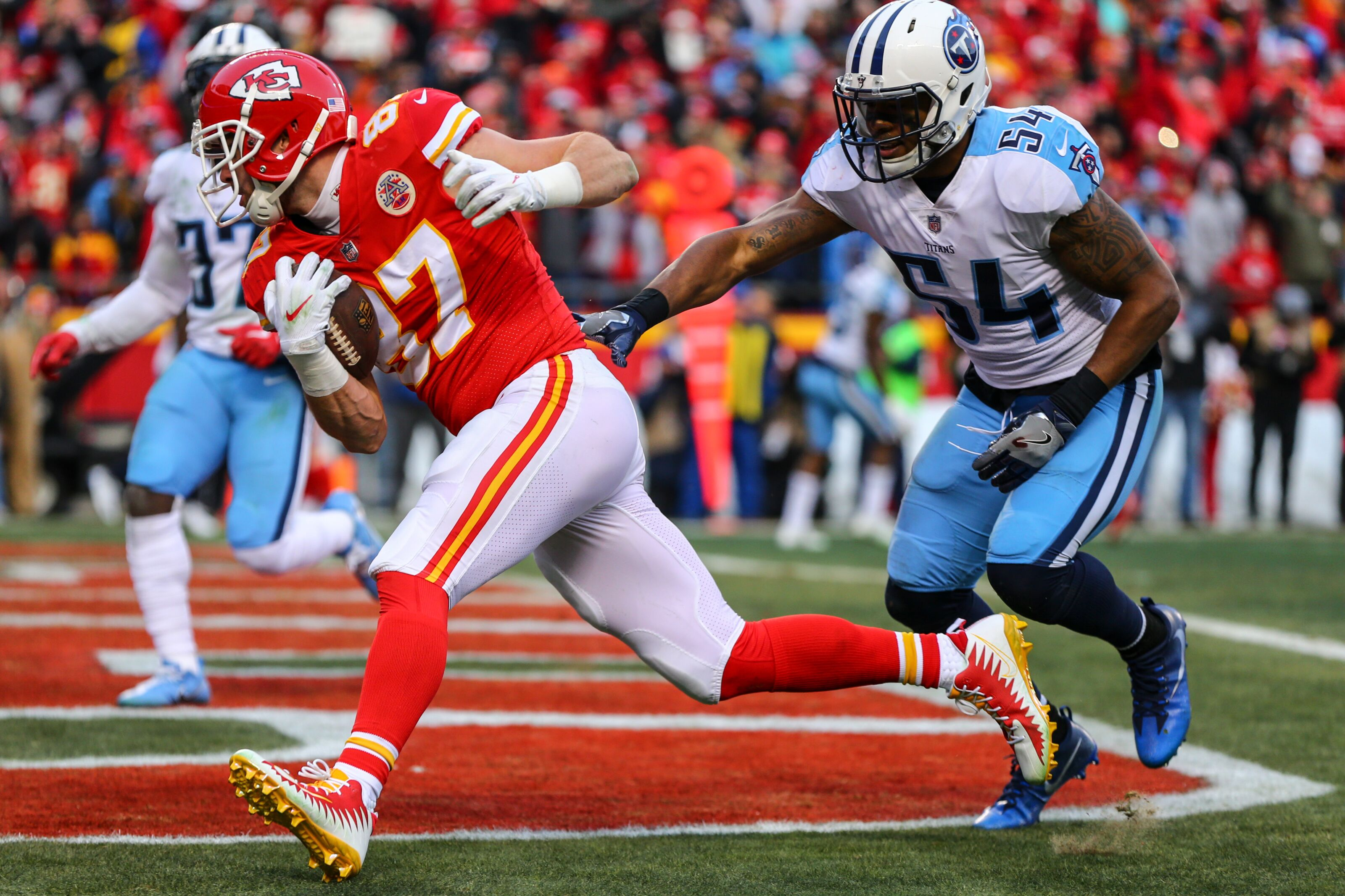 901934840-wild-card-round-tennessee-titans-v-kansas-city-chiefs.jpg