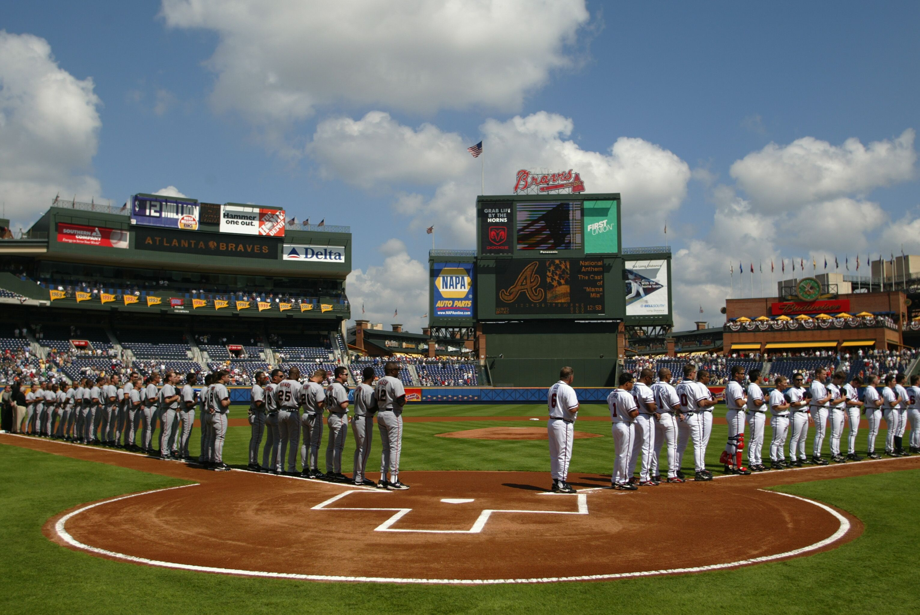 2079260-the-giants-and-braves-lineup-for-the-national-anthem.jpg