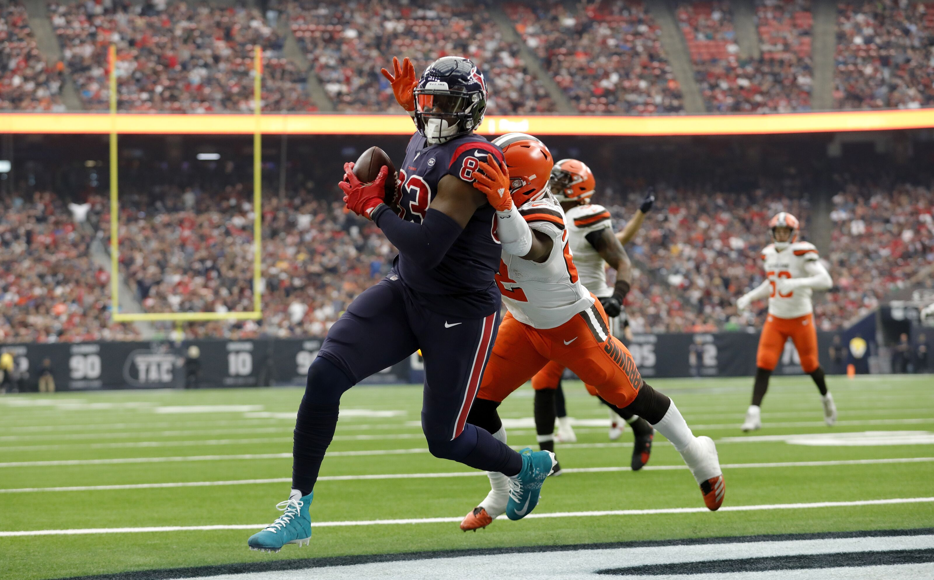 Houston Texans Weekly Roundup: Fantasy football, rookies and contract talks