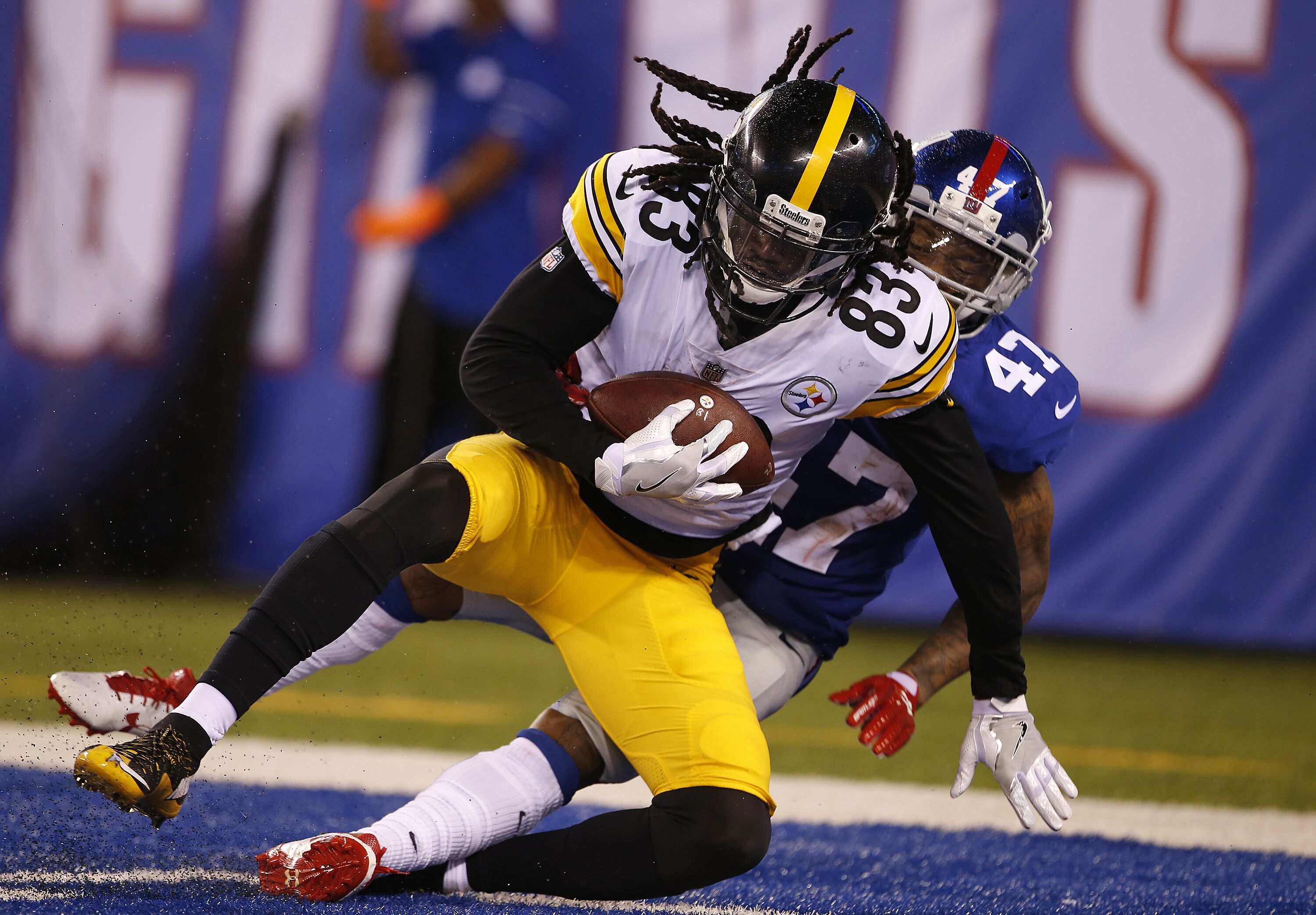 830570170-pittsburgh-steelers-v-new-york-giants.jpg