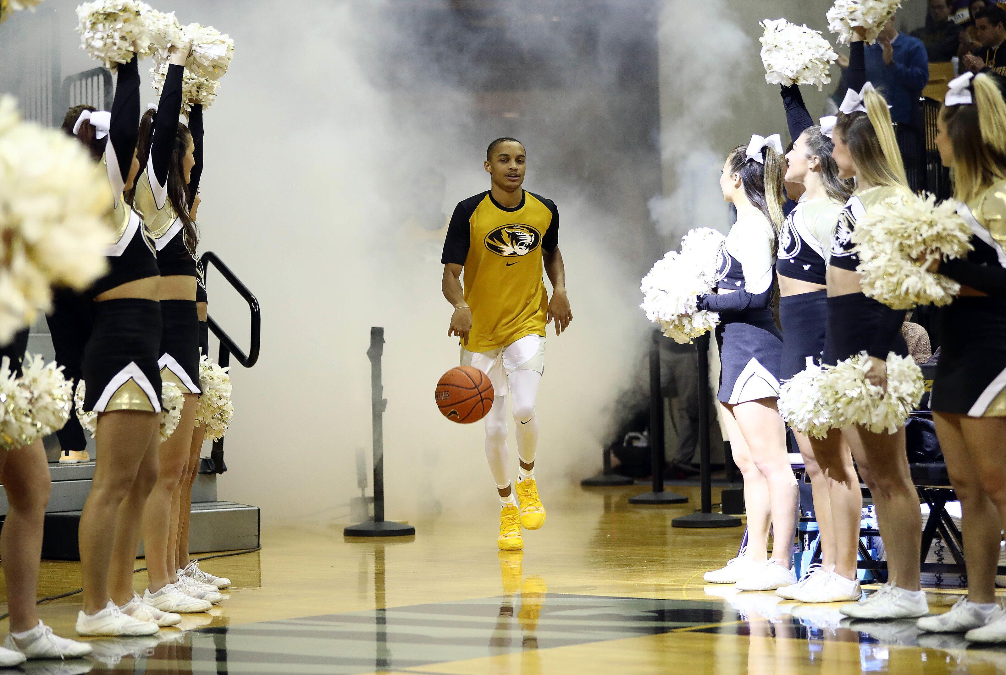 Mizzou hoops gets points in preseason Associated Press Top 25