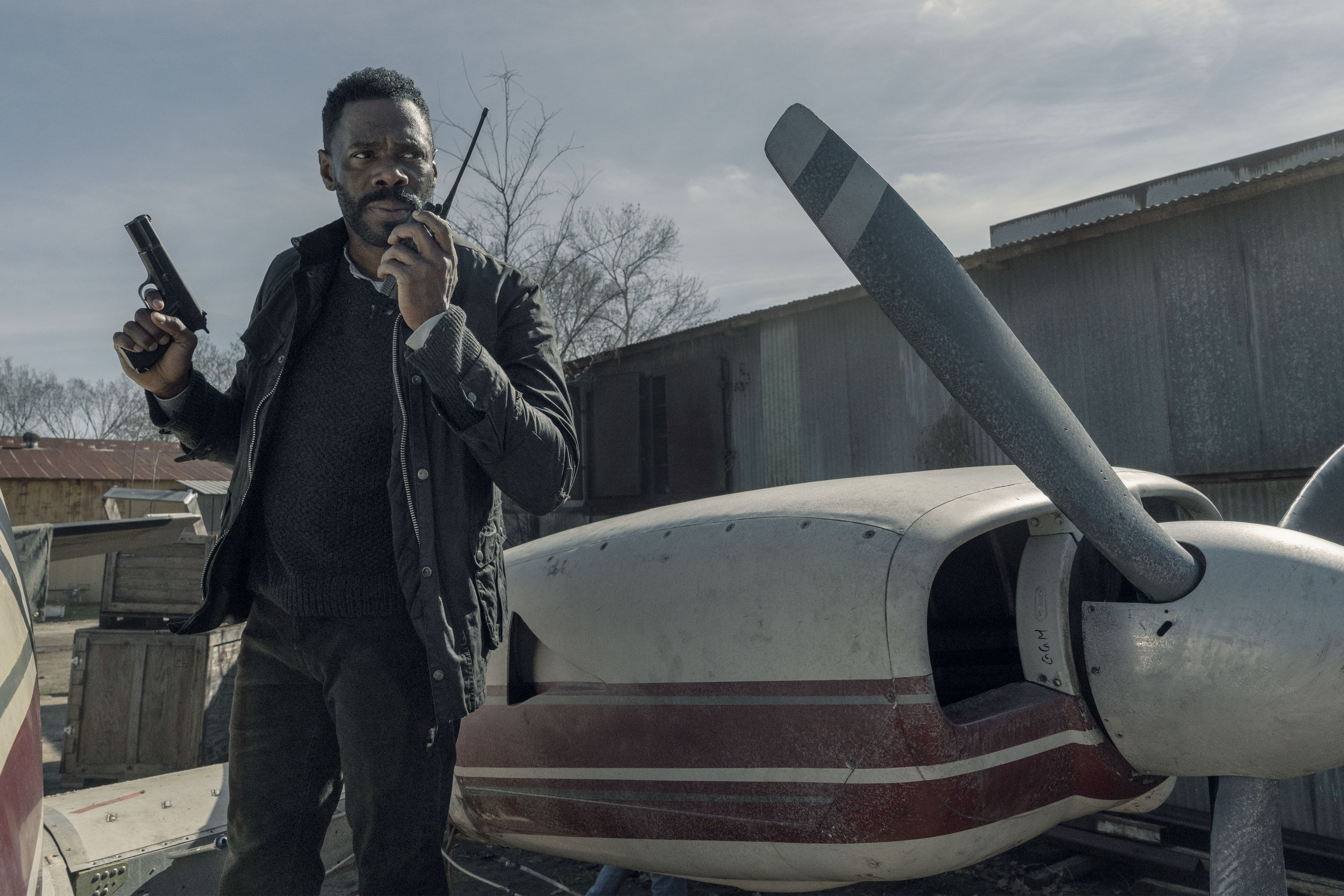 The plane is the focus of preview videos for Fear the Walking Dead 504