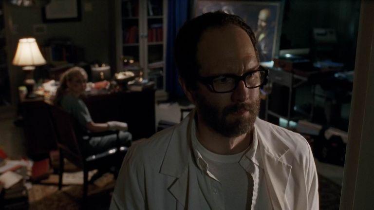 Watch The Walking Dead - Season 5 Episode 4 : Slabtown