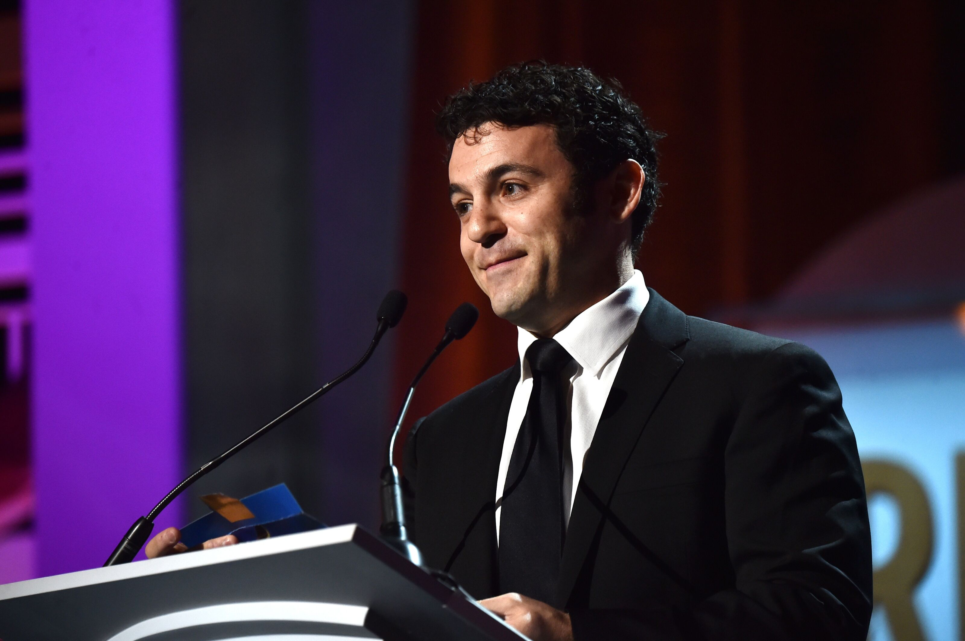 Fred Savage to host FOX show spoofing programs like Talking Dead