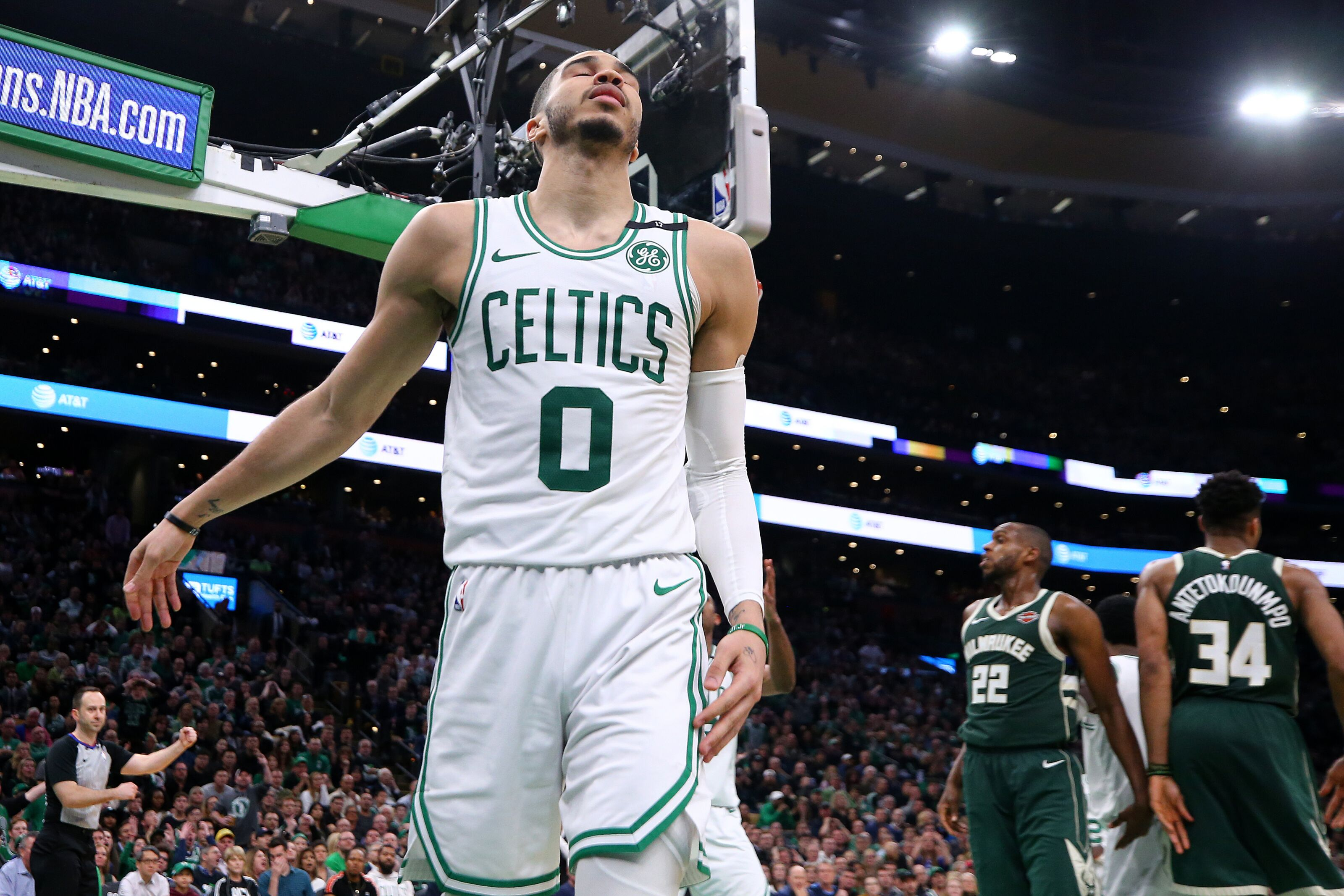 Jayson Tatum signs with Jordan Brand - Under the Laces