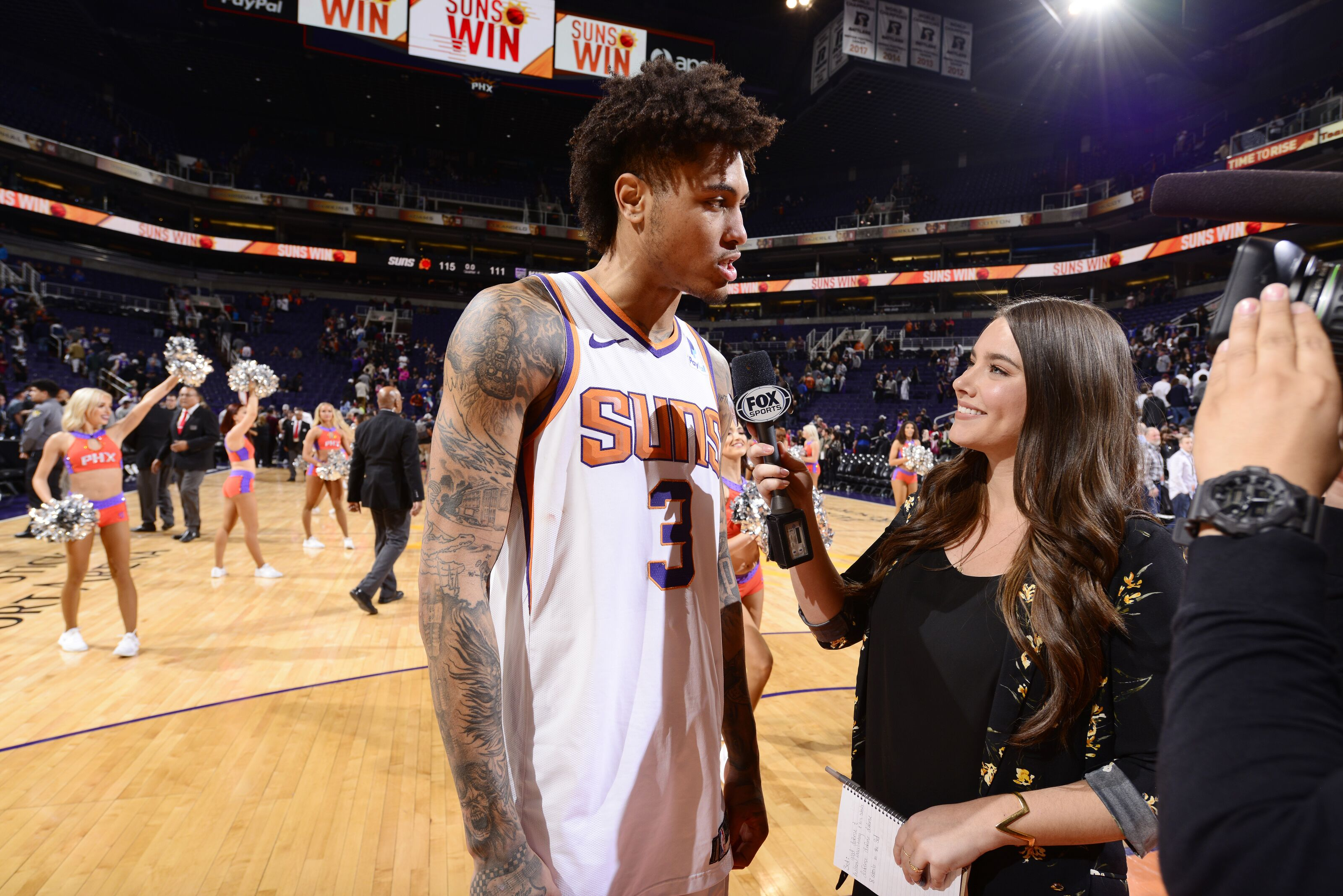5ed3b1c33e0 Debate over  The Phoenix Suns won the Kelly Oubre trade