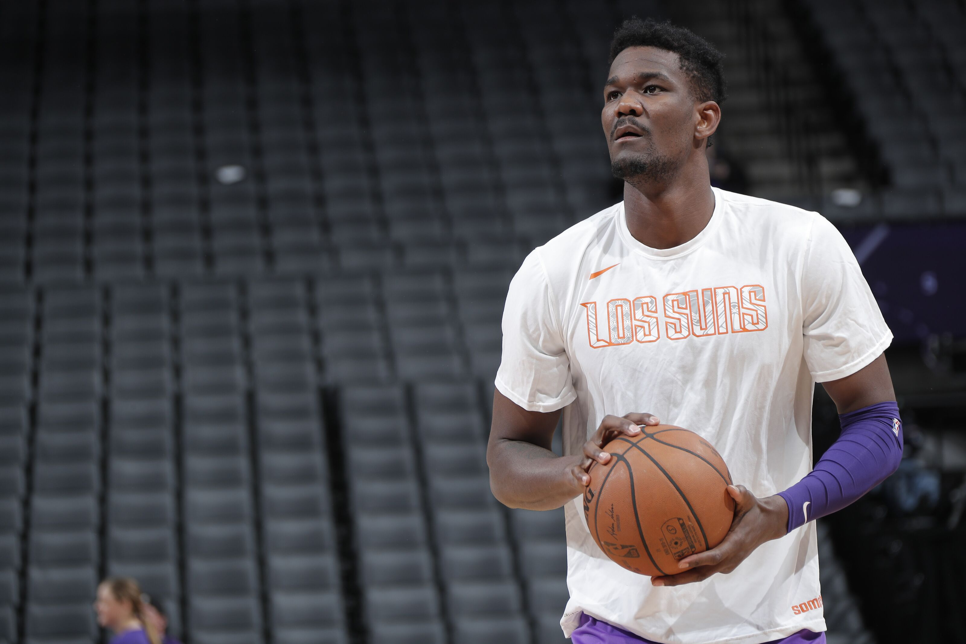 The Phoenix Suns should not play Deandre Ayton at Power Forward