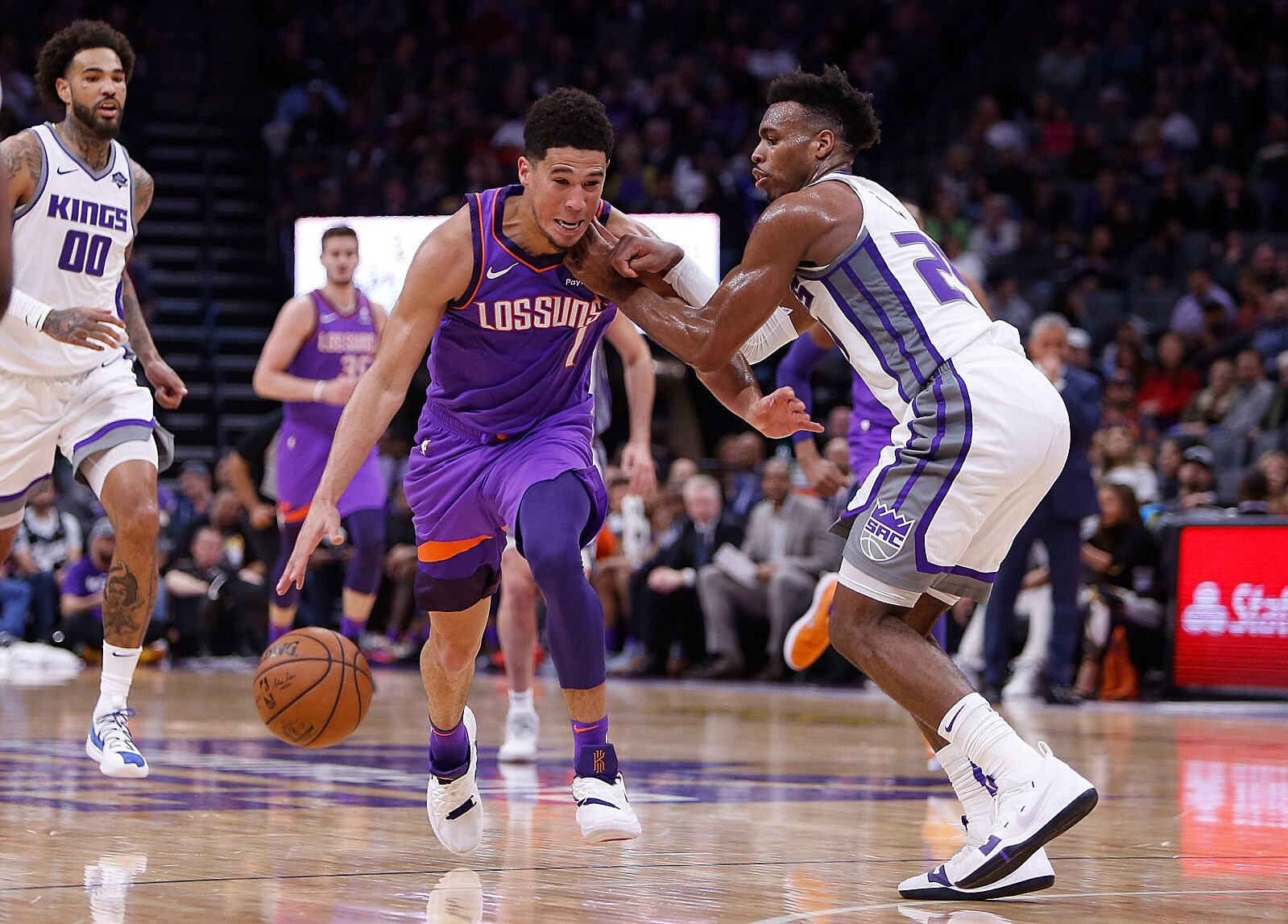 Roster Swap: Phoenix Suns and Sacramento Kings. Would you ...
