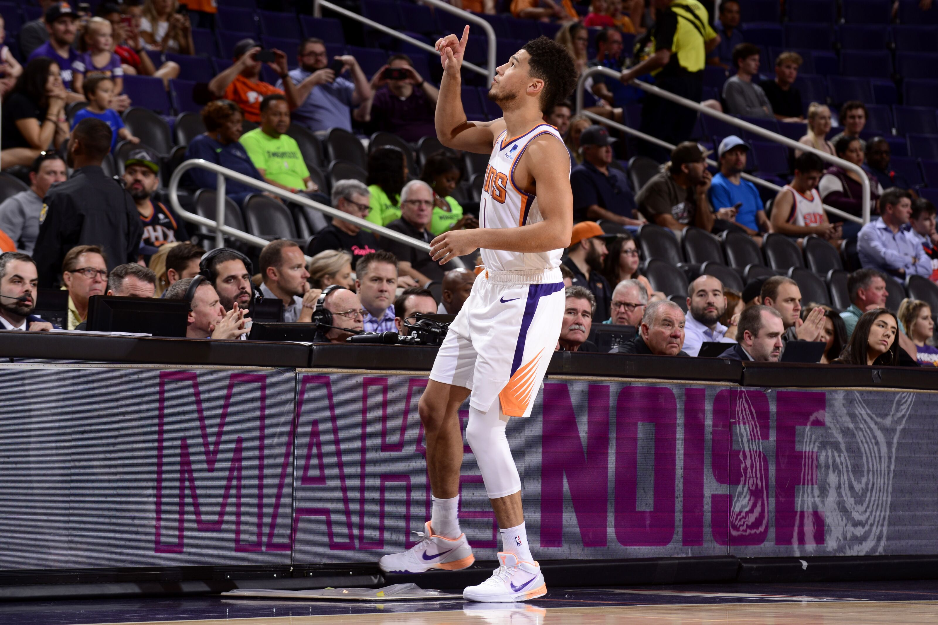 The Phoenix Suns need to be a 3-point shooting team