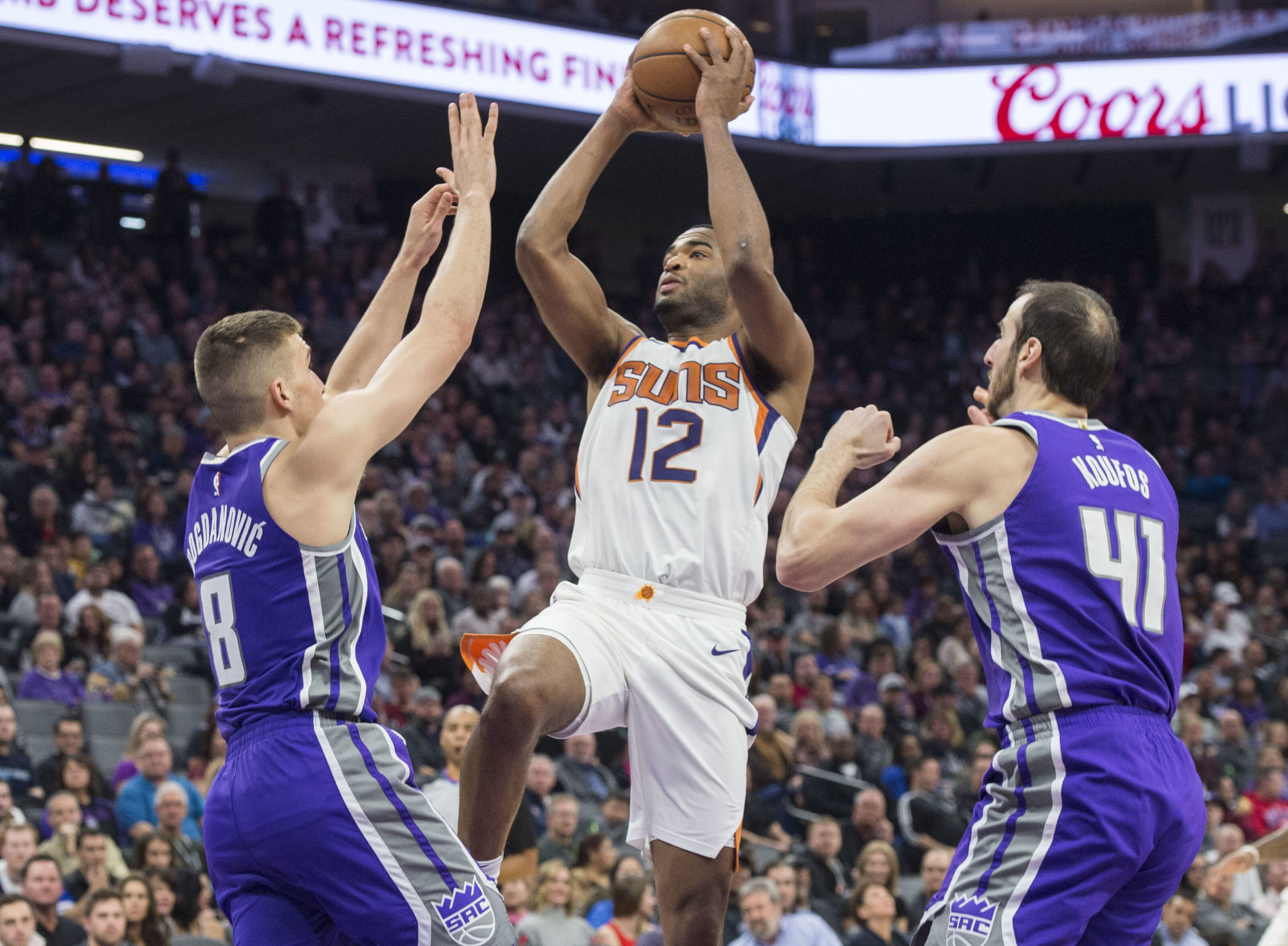 Phoenix Suns  T.J. Warren can be a weapon off the bench - Valley of the Suns 603a772fa